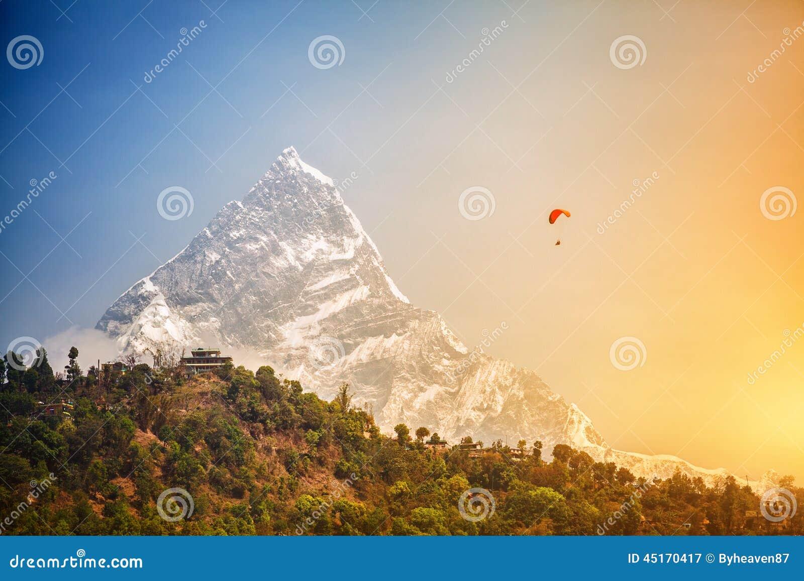 Parapente em Himalaya