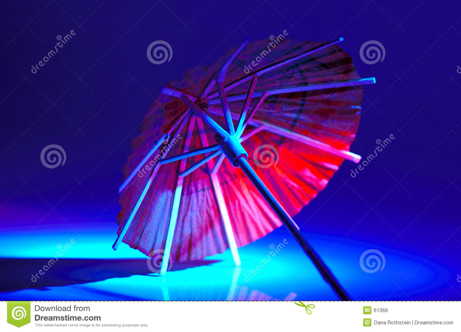 Download Parapluie photo stock. Image du rouge, théâtre, cocktails - 61366
