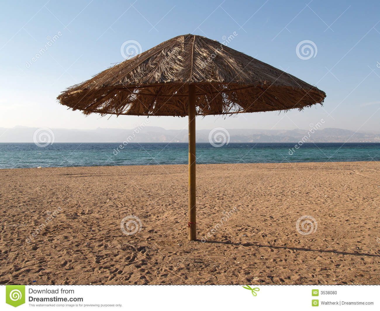 parasol sur la plage de la jordanie photo stock image 3538080. Black Bedroom Furniture Sets. Home Design Ideas