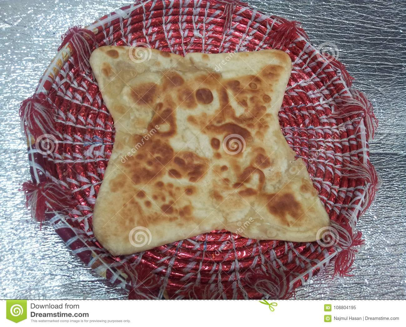 Paratha Wazeliniarski chleb słuzyć w changair
