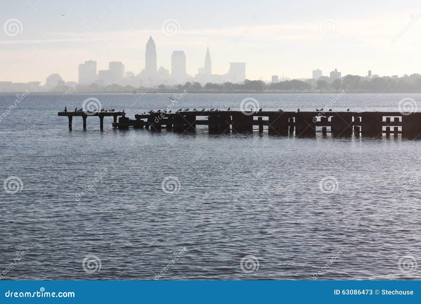 Download Parc D'Edgewater De Cleveland Image stock - Image du landmarks, erie: 63086473