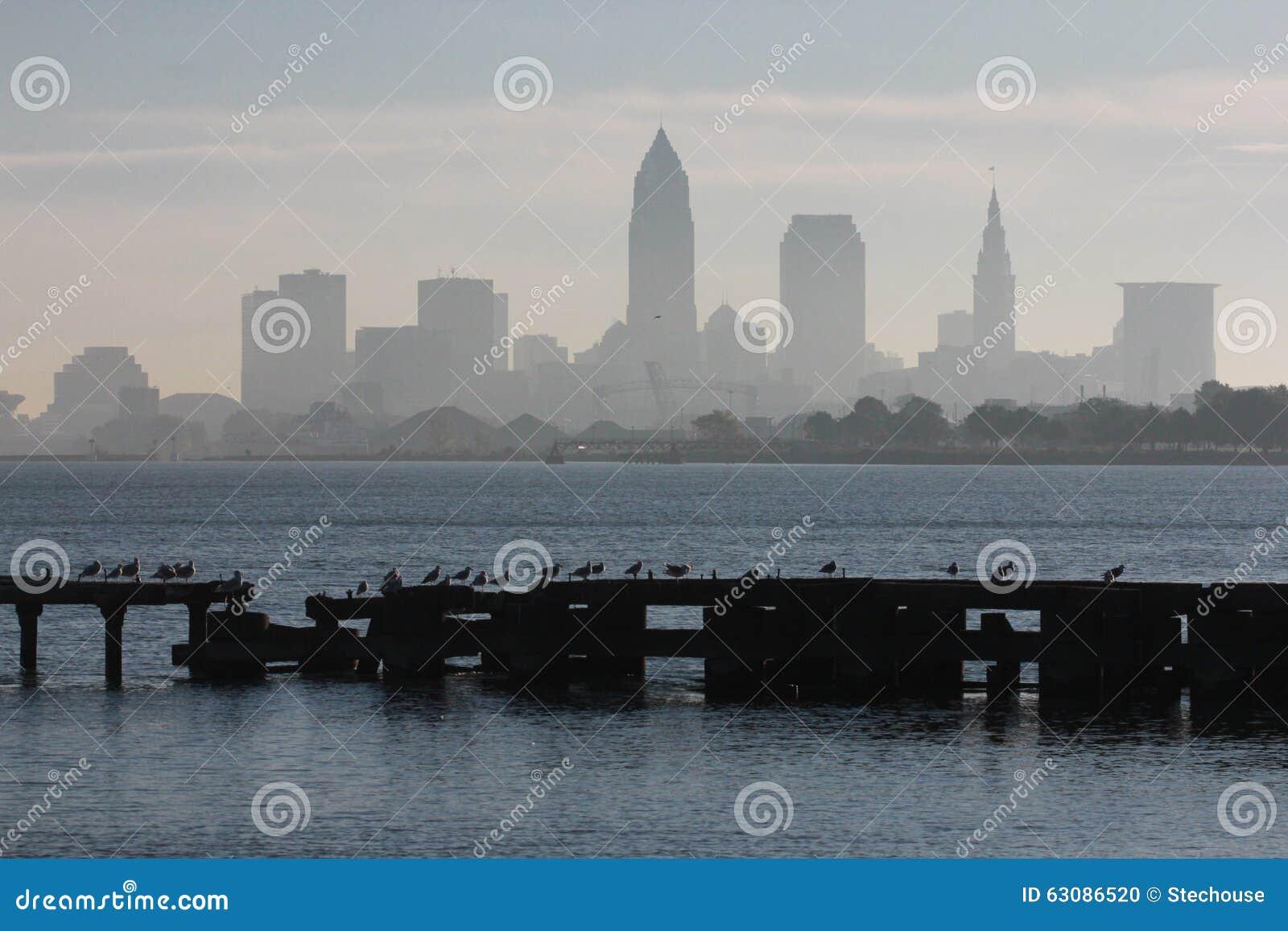 Download Parc D'Edgewater De Cleveland Photo stock - Image du jours, roche: 63086520