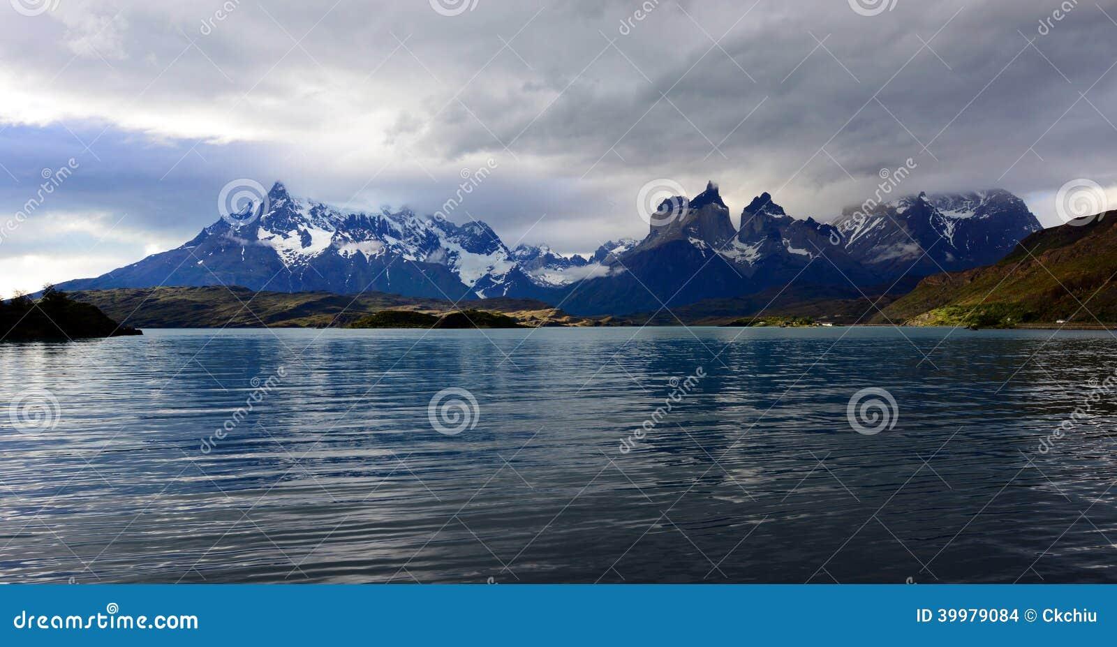 Parc national de Torres del Paine, Patagonia, Chili