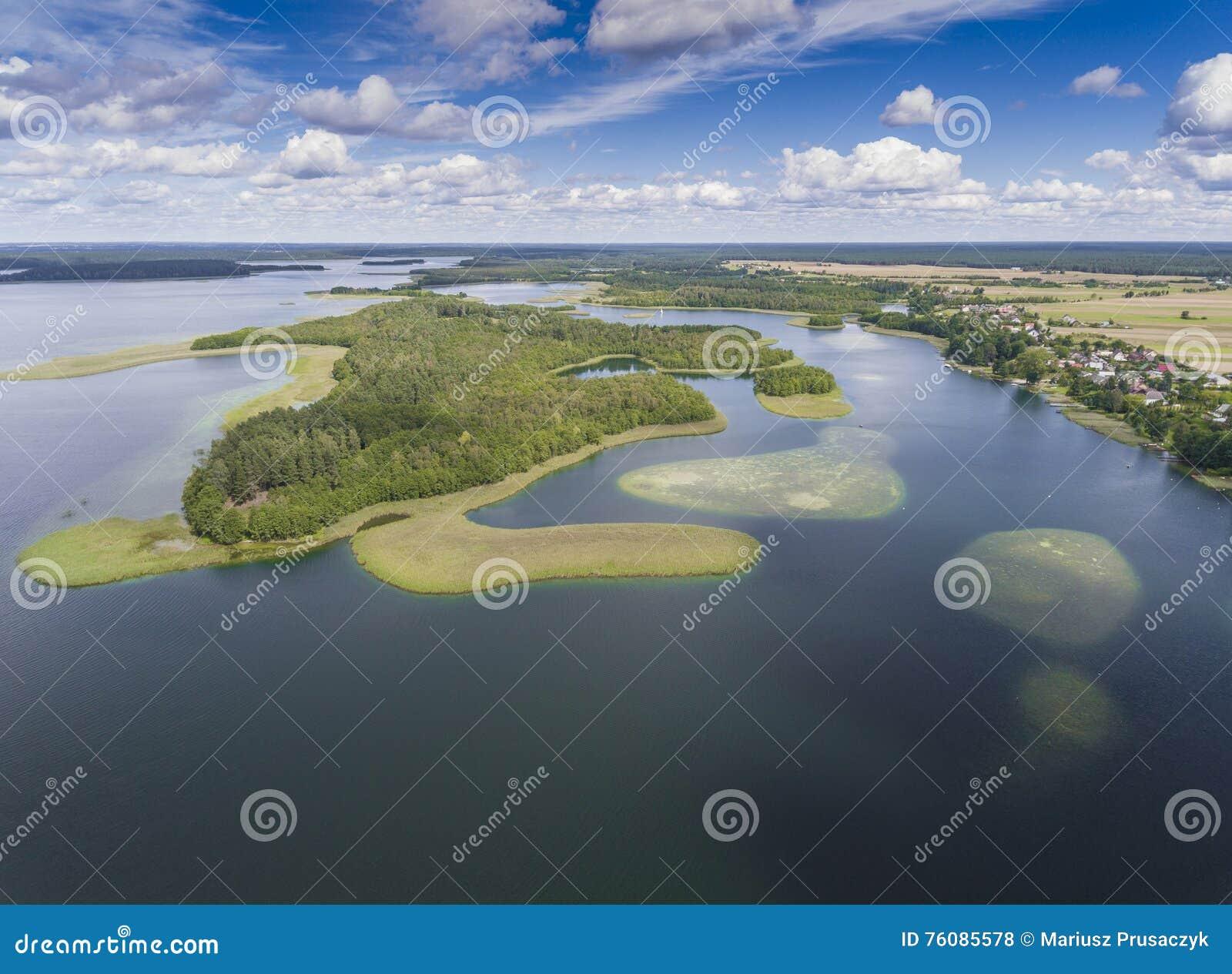 Parc national de Wigry de lac Suwalszczyzna, Pologne L eau bleue et
