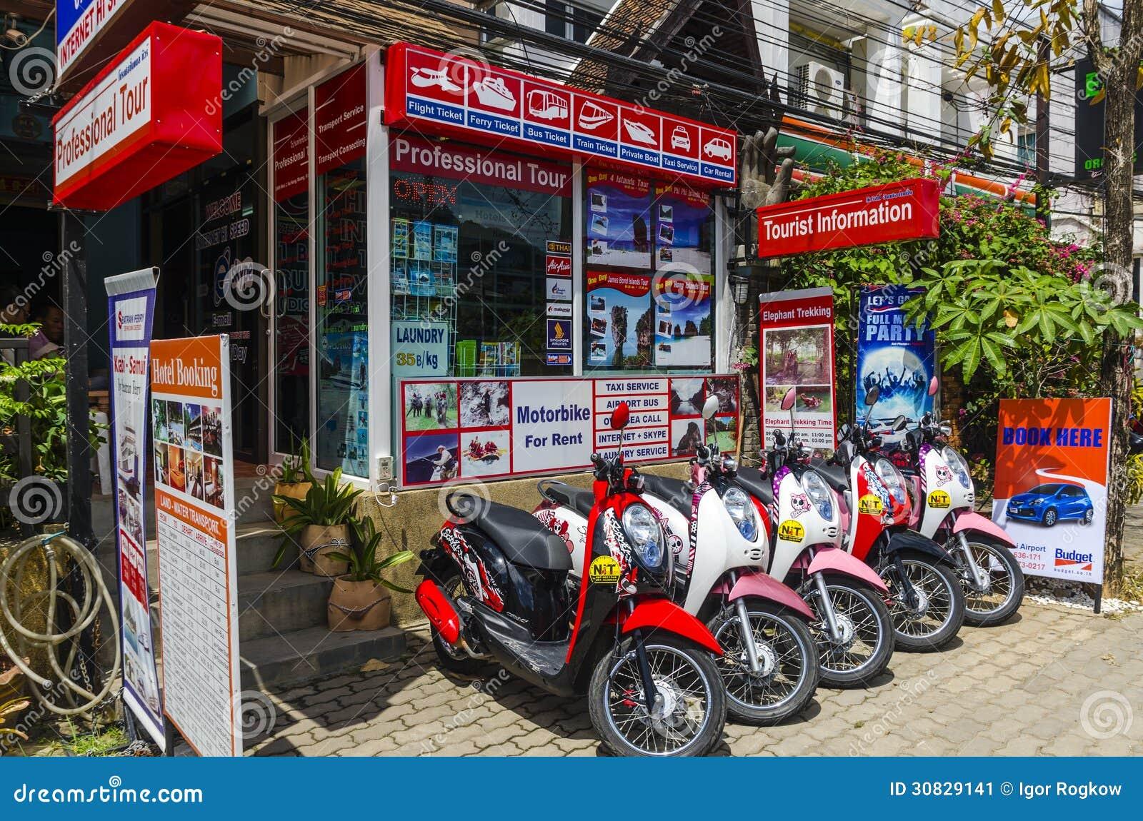 Parcheggio dei motocicli e delle motociclette per affitto