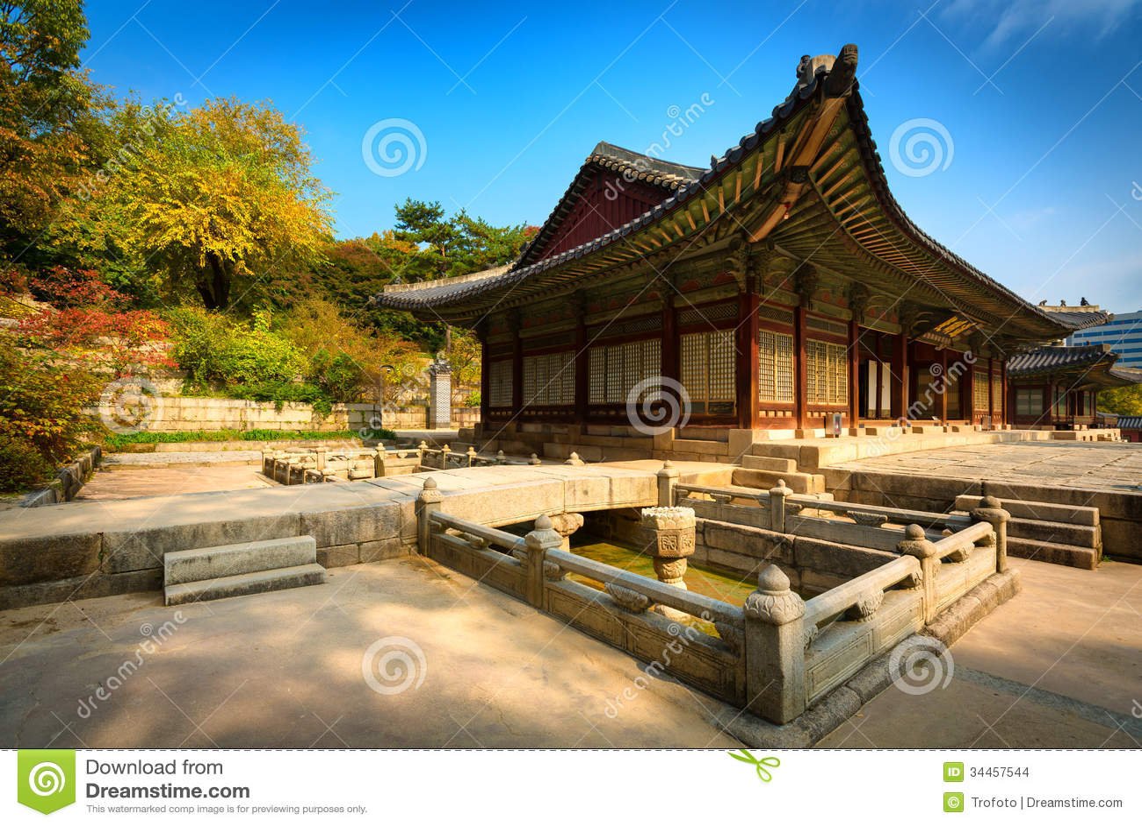 Parco del palazzo di changgyeonggung seoul corea del sud for Piani di casa di architettura del sud