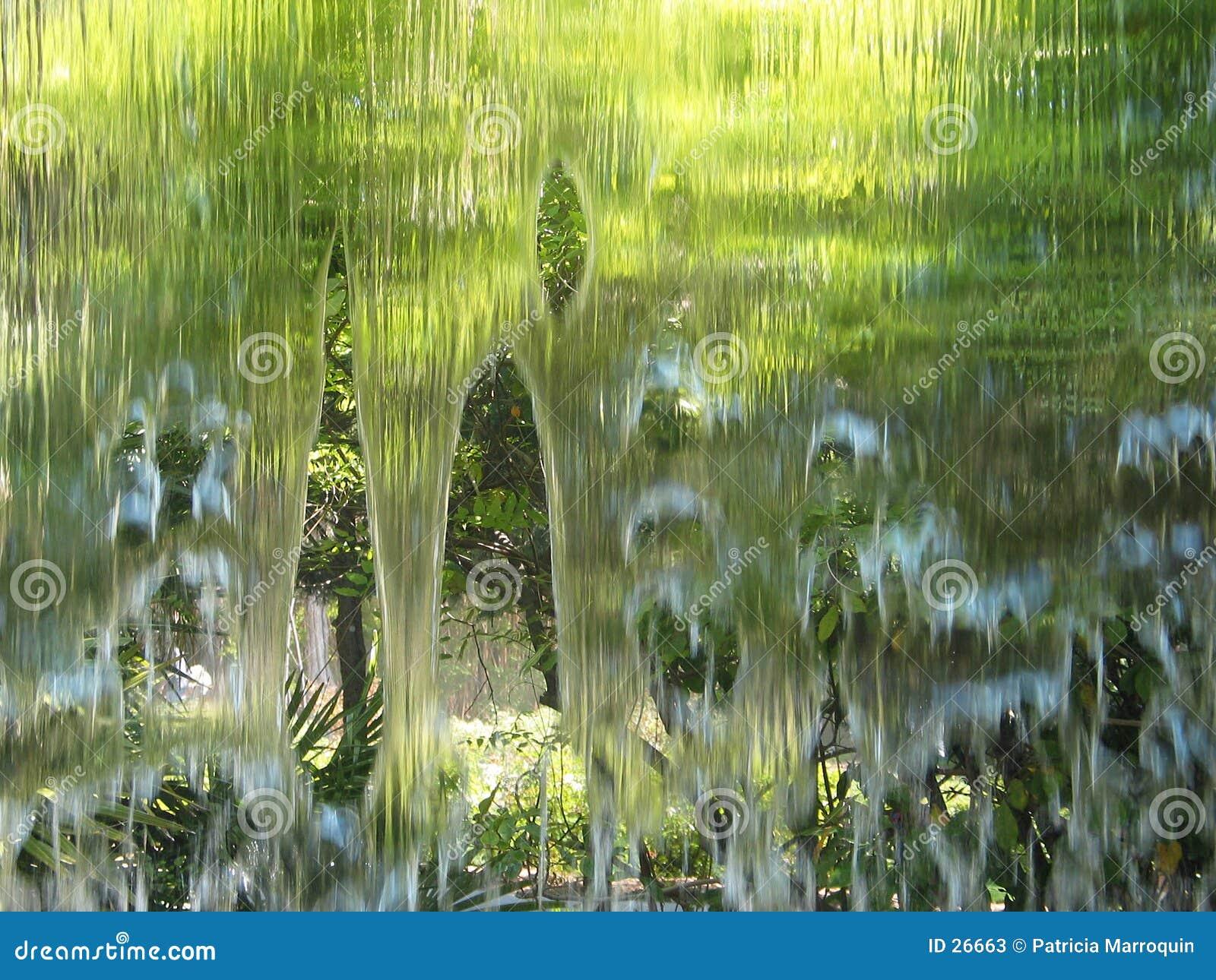 Download Pared de agua imagen de archivo. Imagen de gotas, líquido - 26663