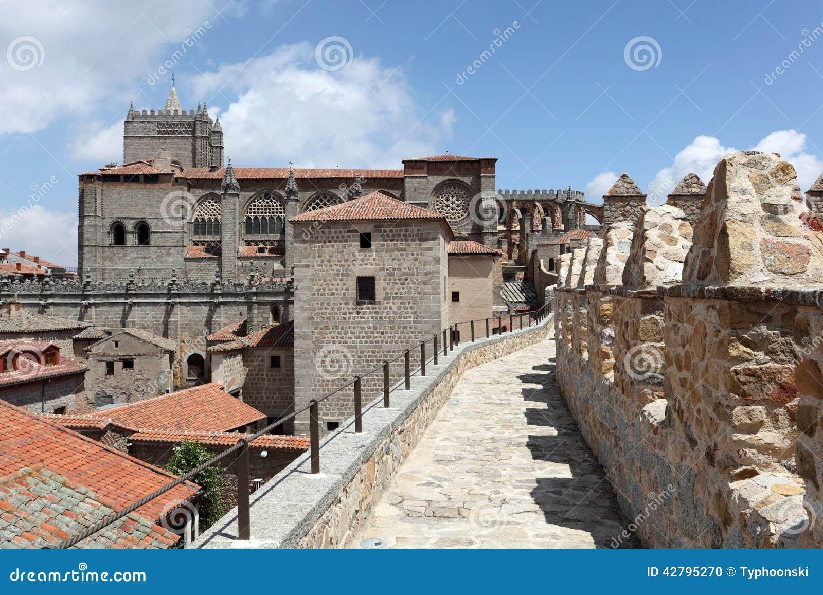 Paredes Medievais Da Cidade De Avila, Espanha Foto de