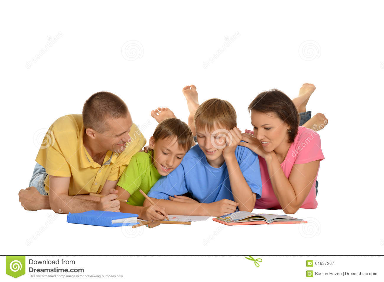 Homework Help Tips   Parents   Scholastic com Verywell homework help  Parents help children do their homework on the floor