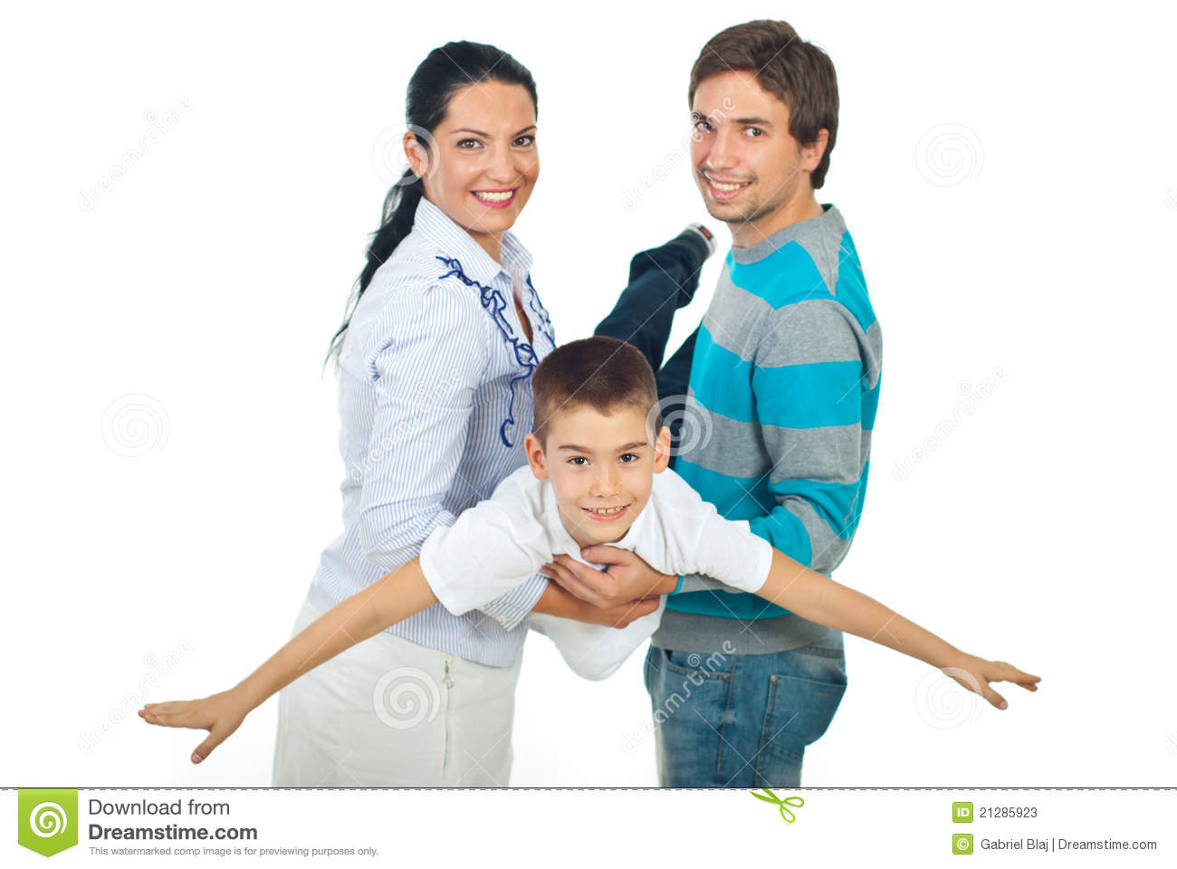 parents presuures on their children Parents of teenagers soon realize that they can feel desperately outmatched by the power that peers seem to gain over a child children feel peer pressure and other influence at early ages.