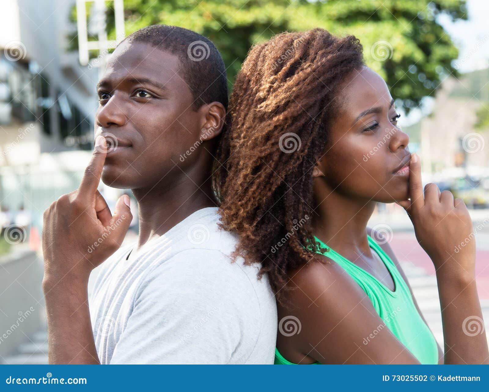 Pares afroamericanos de pensamiento en la ciudad