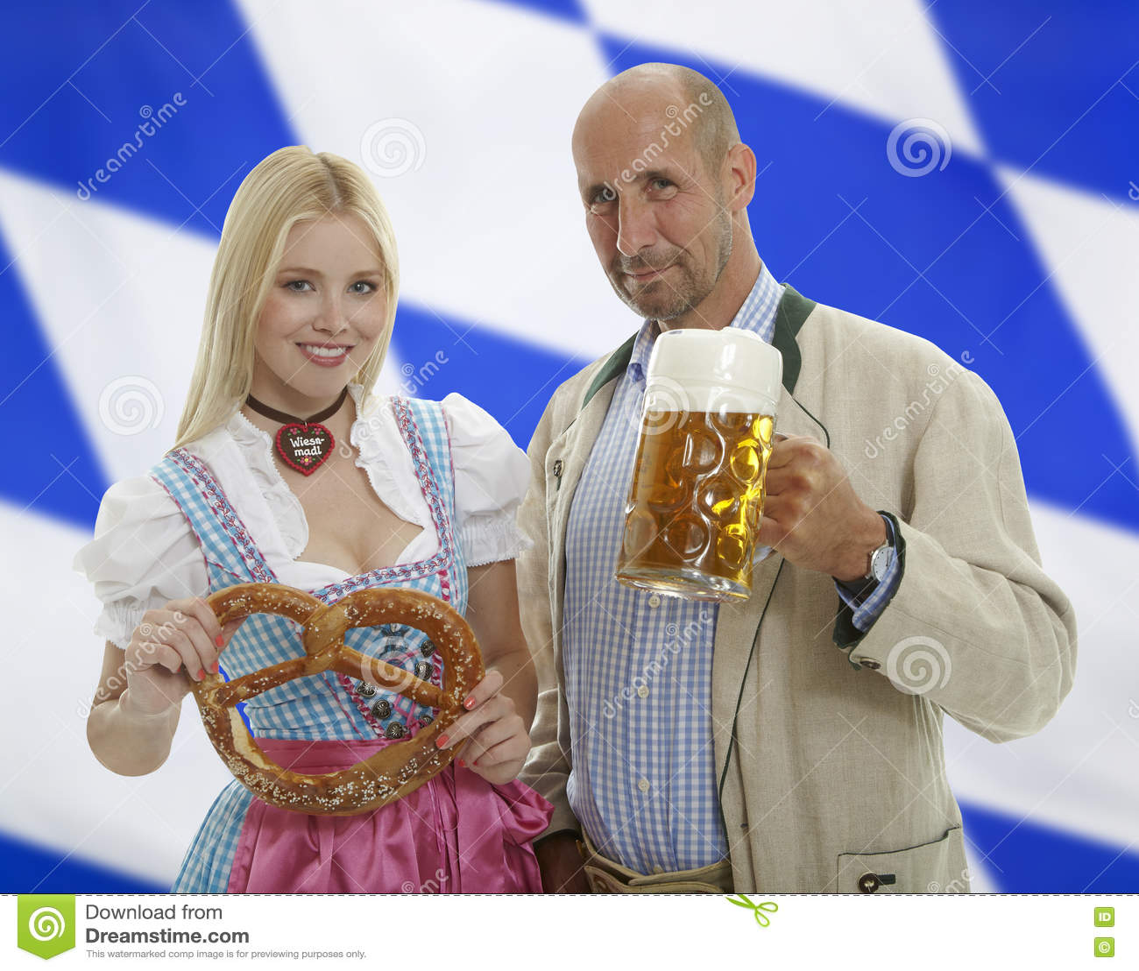 Pares bávaros de Oktoberfest