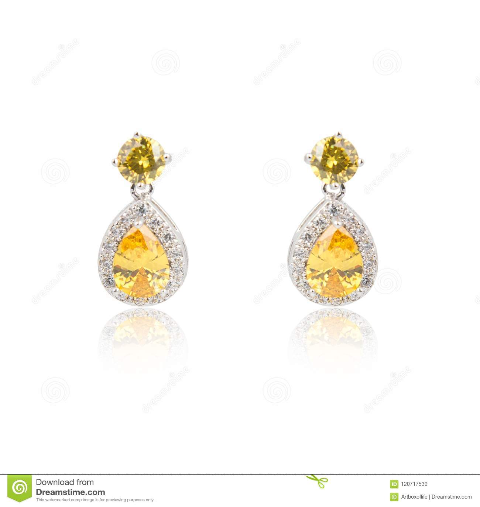 b2f5bf60447 Pares De Brincos Do Diamante Do Topázio Isolados No Branco Imagem de ...