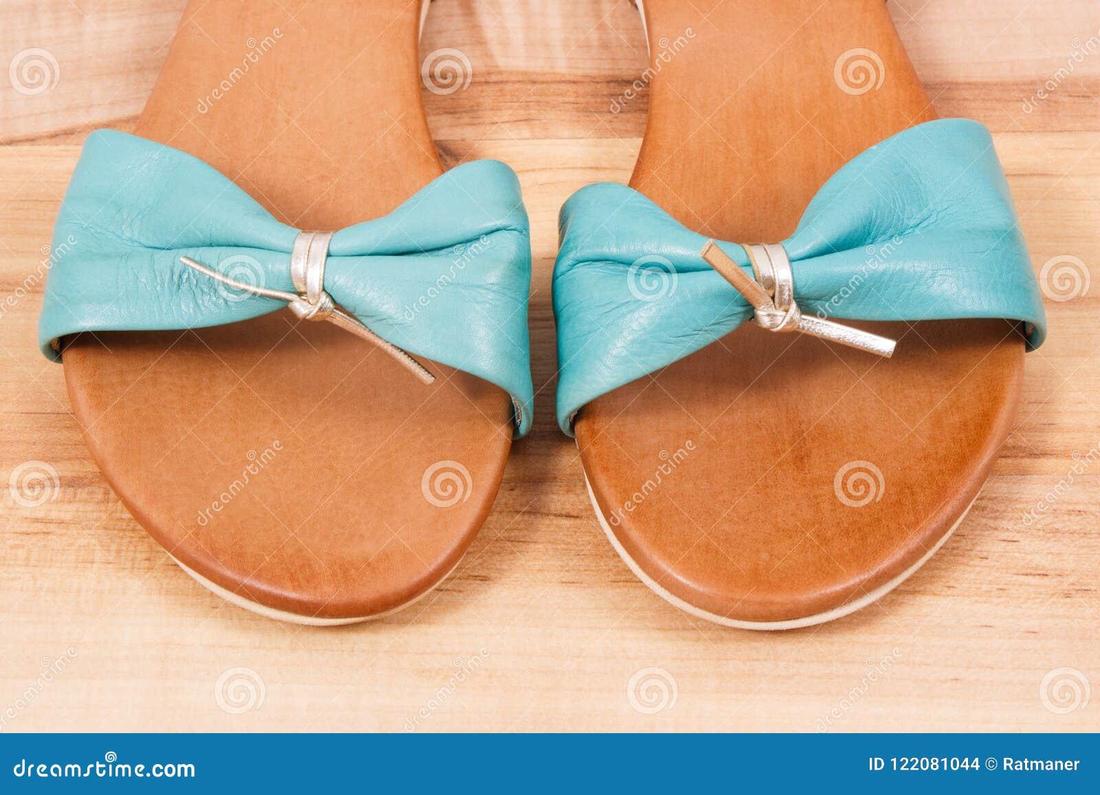 Para De Las Sandalias Cuero En Pares FemeninasZapatos Usar R4AjL3q5