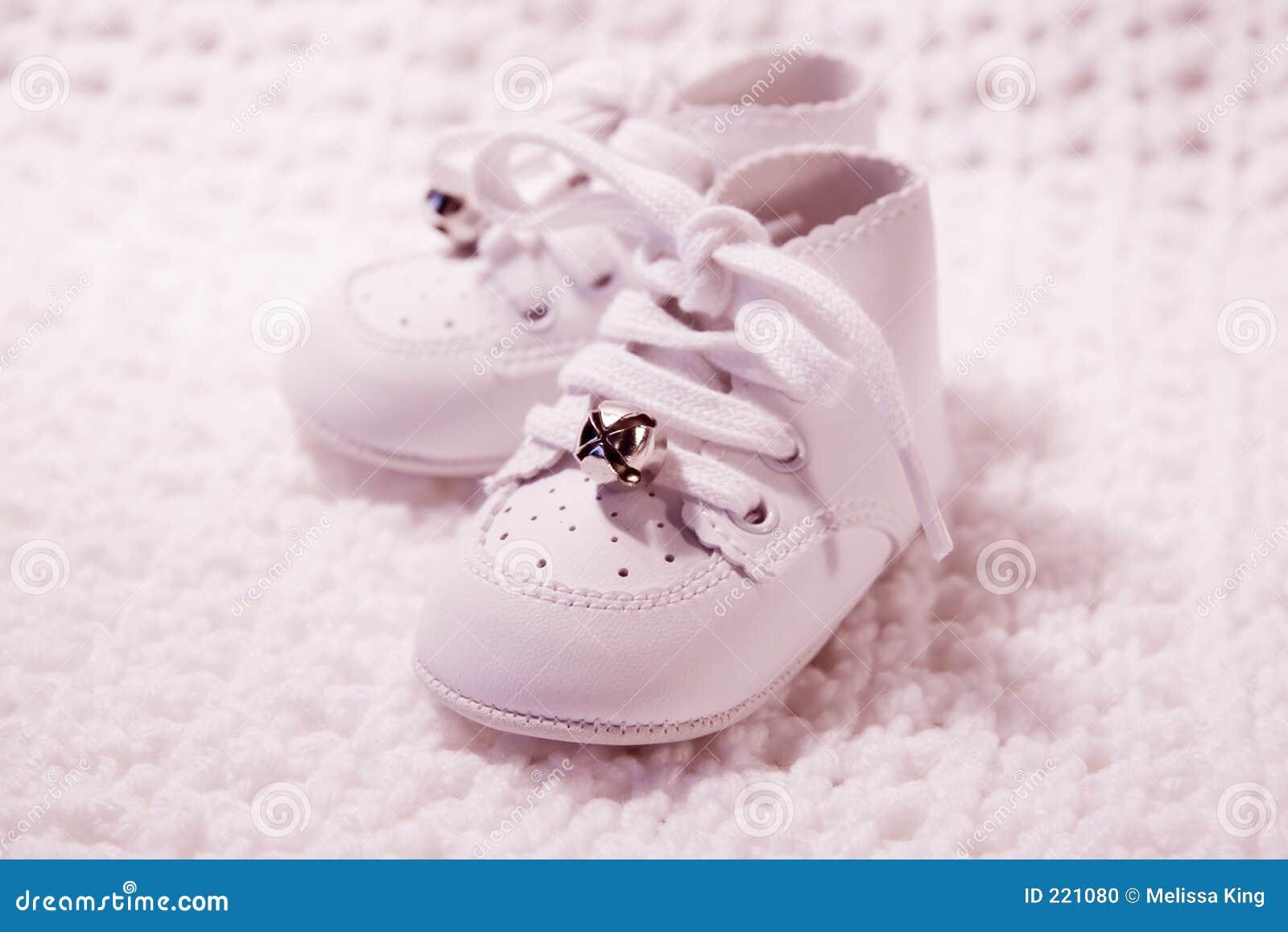 Pares de zapatos de bebé 3.
