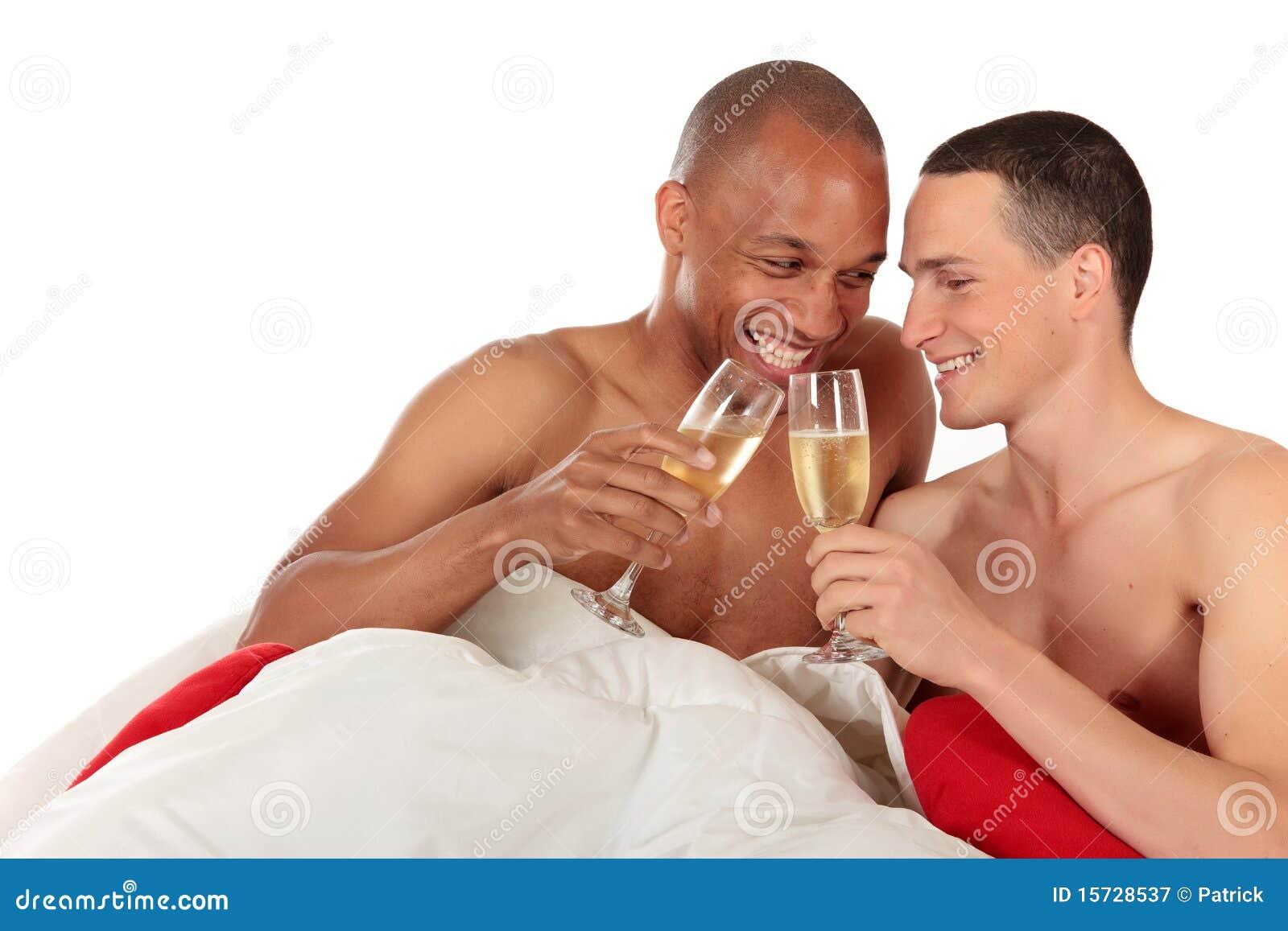 Pares misturados do homossexual da afiliação étnica