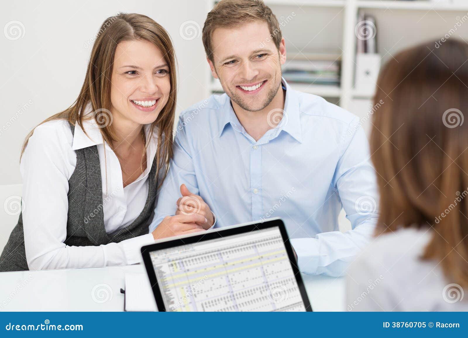 Pares novos atrativos em uma reunião