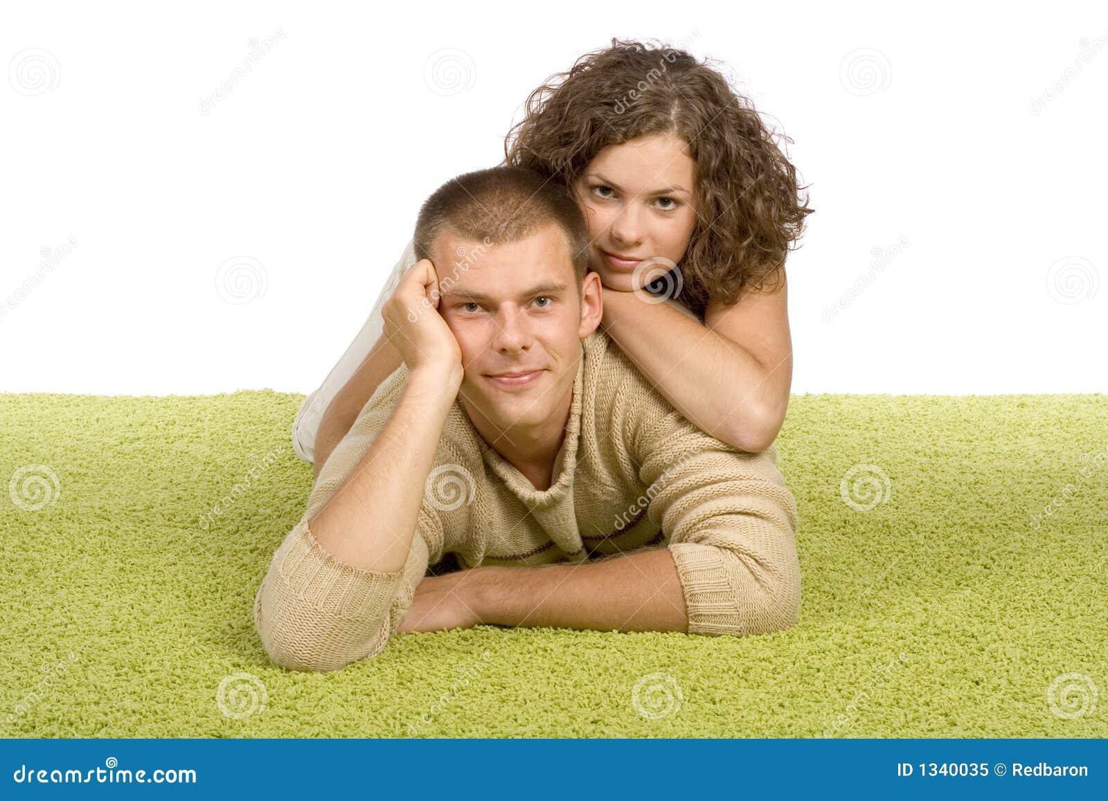 Pares novos no tapete verde