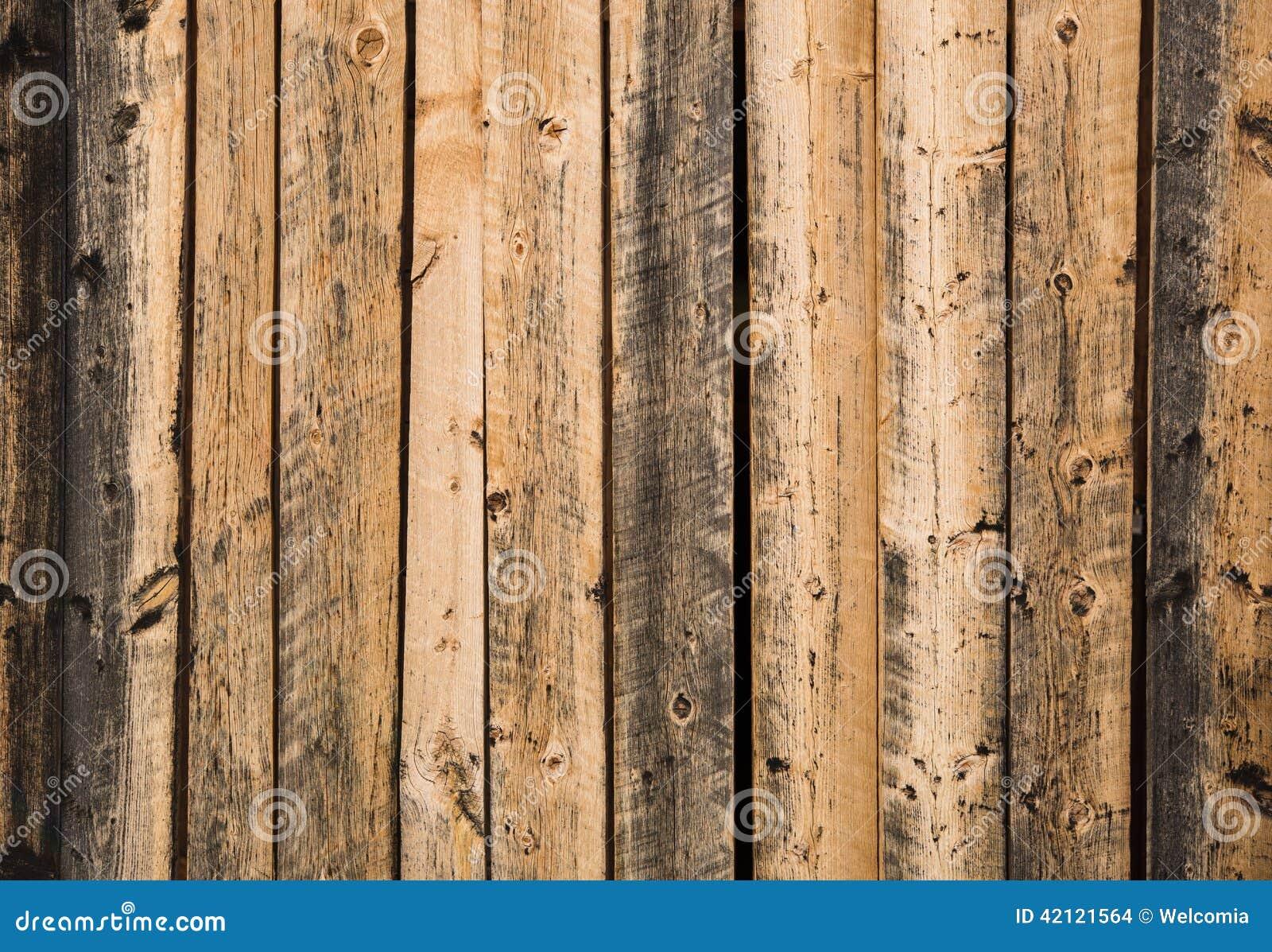 Parete di legno invecchiata fotografia stock immagine di - Parete di legno ...