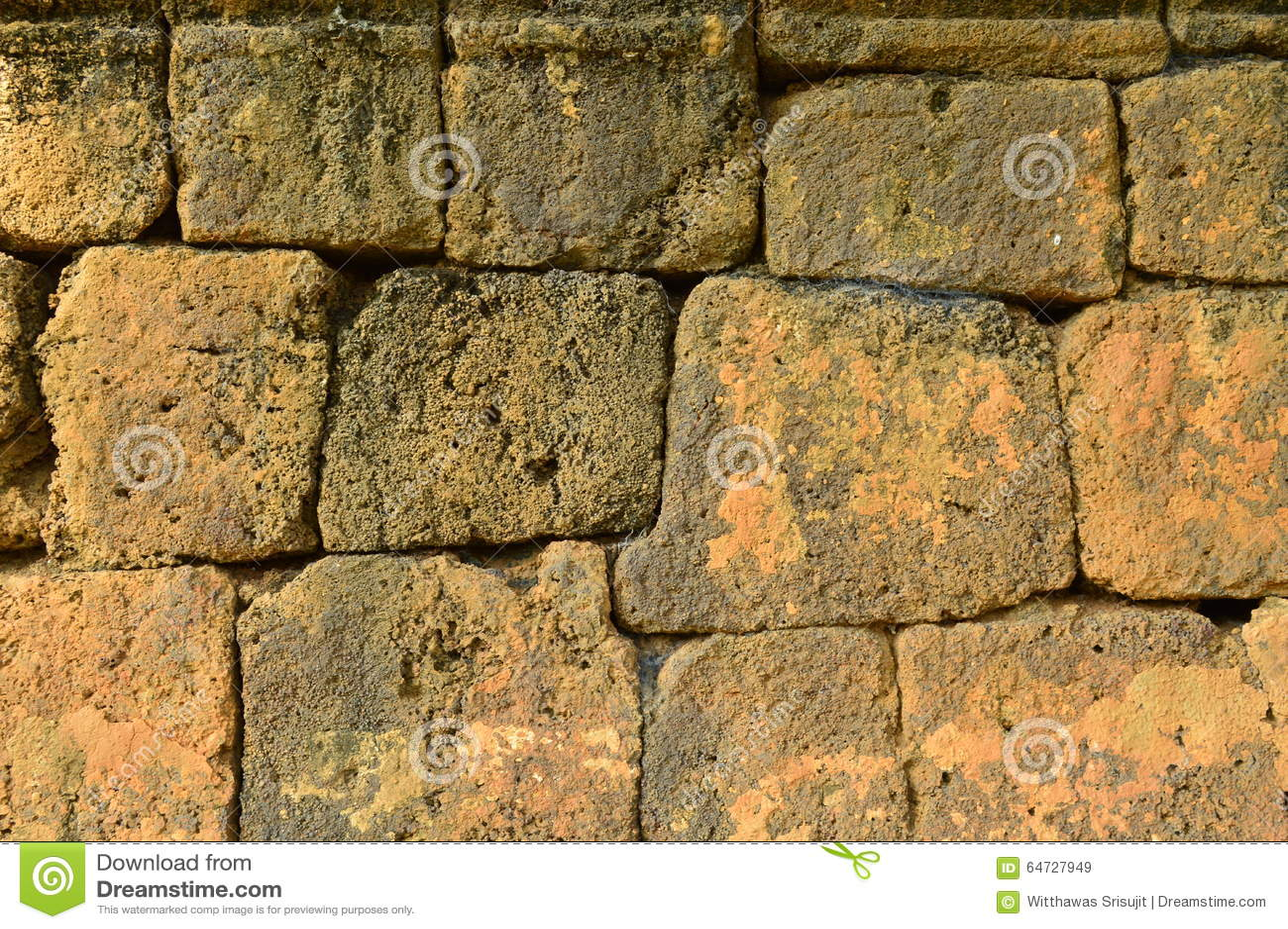 Parete di pietra antica