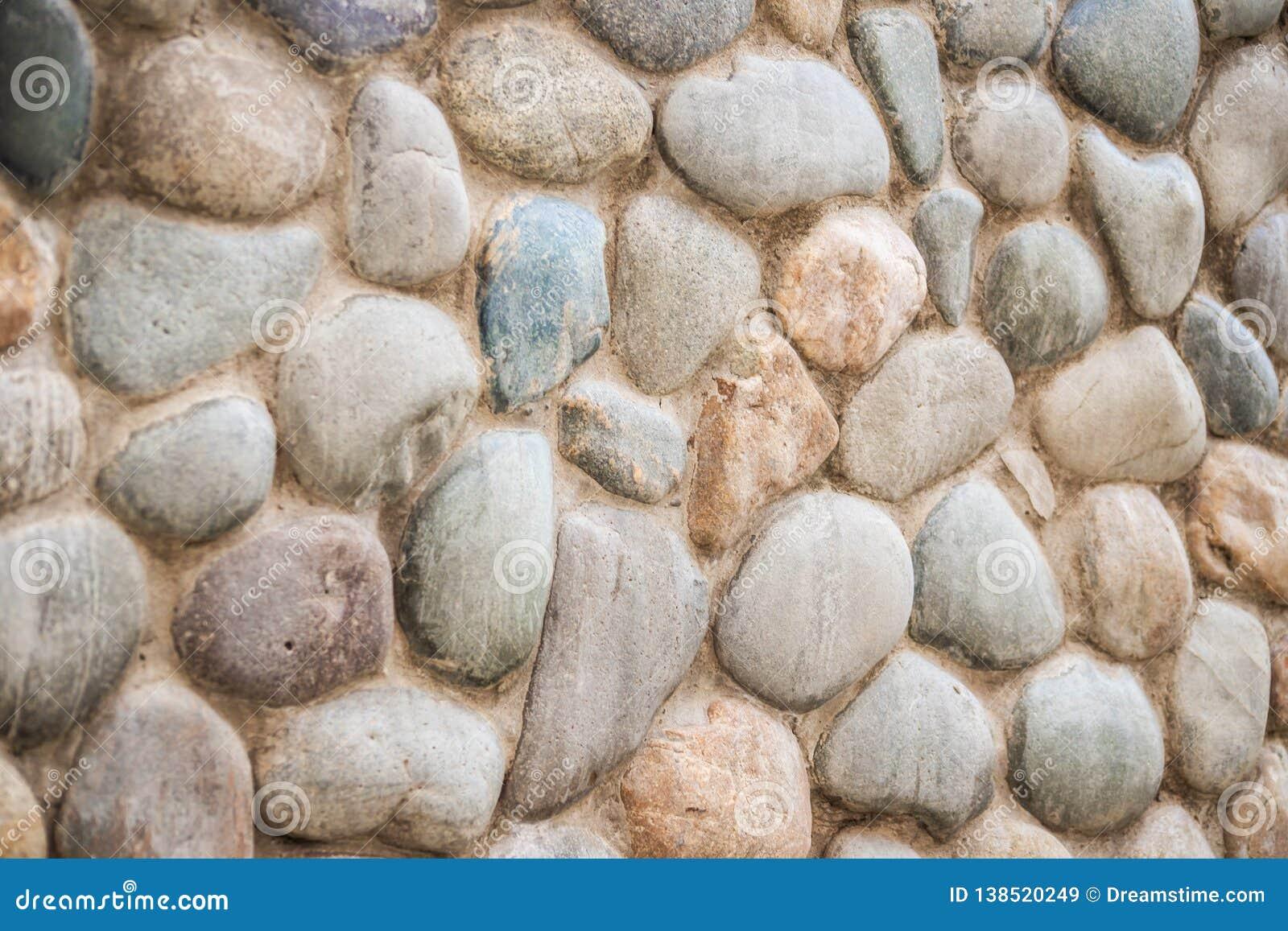 Parete di pietra del ciottolo grigio ciottoli Ciao la risoluzione ha verniciato la priorità bassa di legno che mostra tutti gli s
