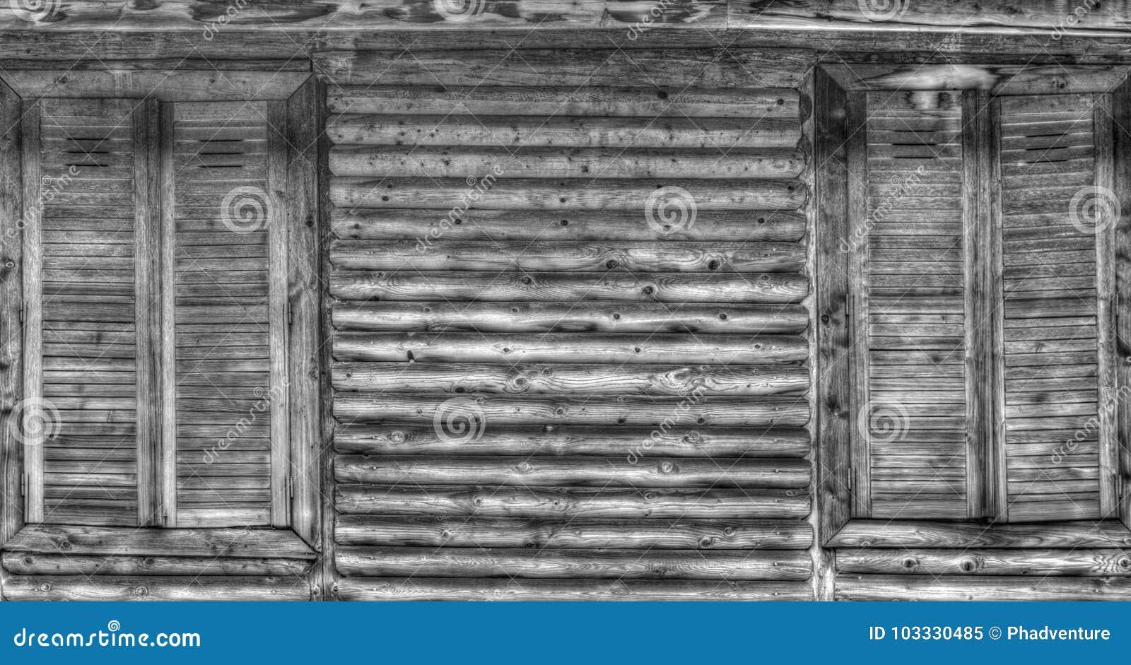 Legno Bianco E Nero : Tavolo in legno bianco e nero usati in vendita a montaner letgo
