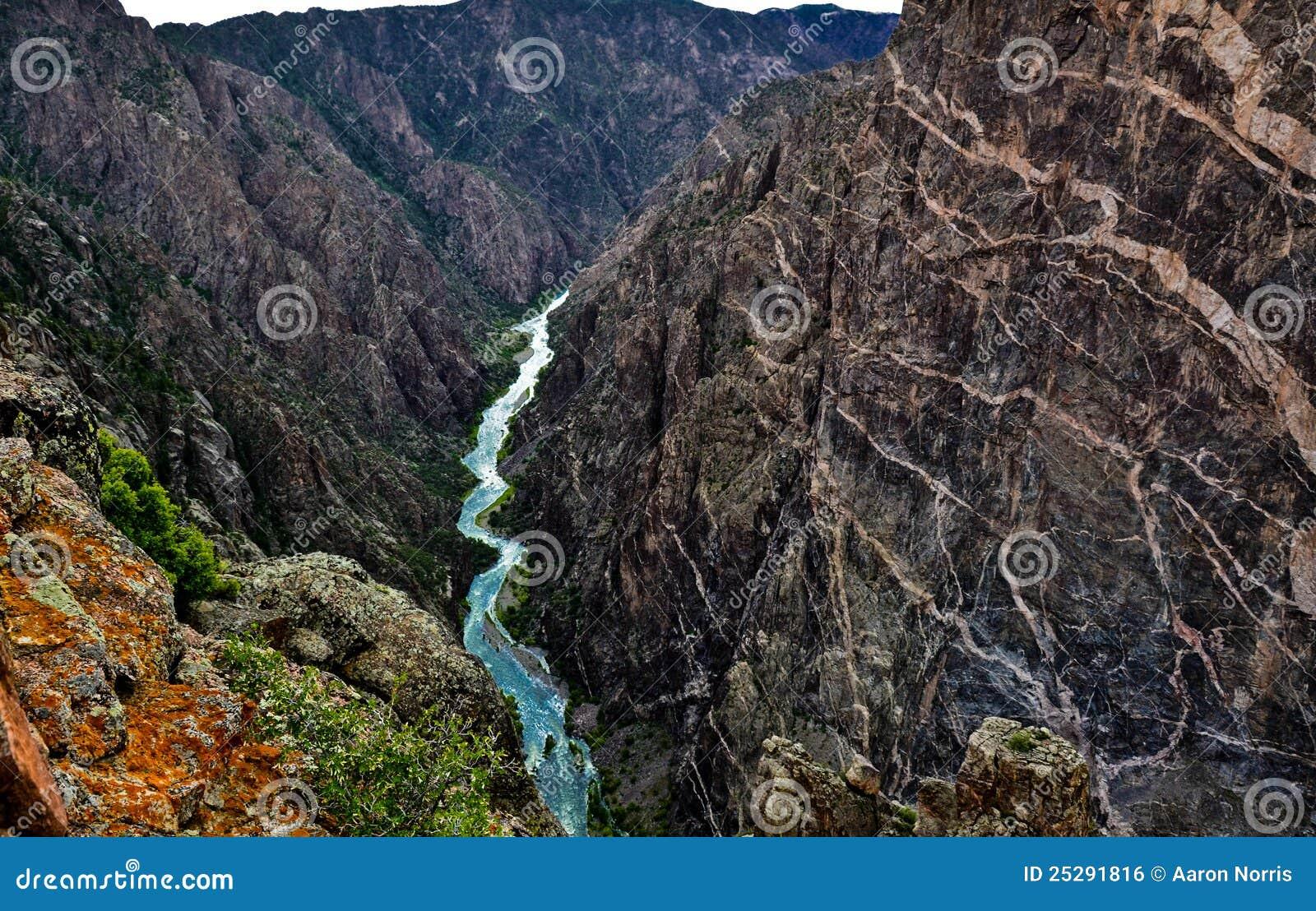 Parete verniciata al canyon nero del Gunnison