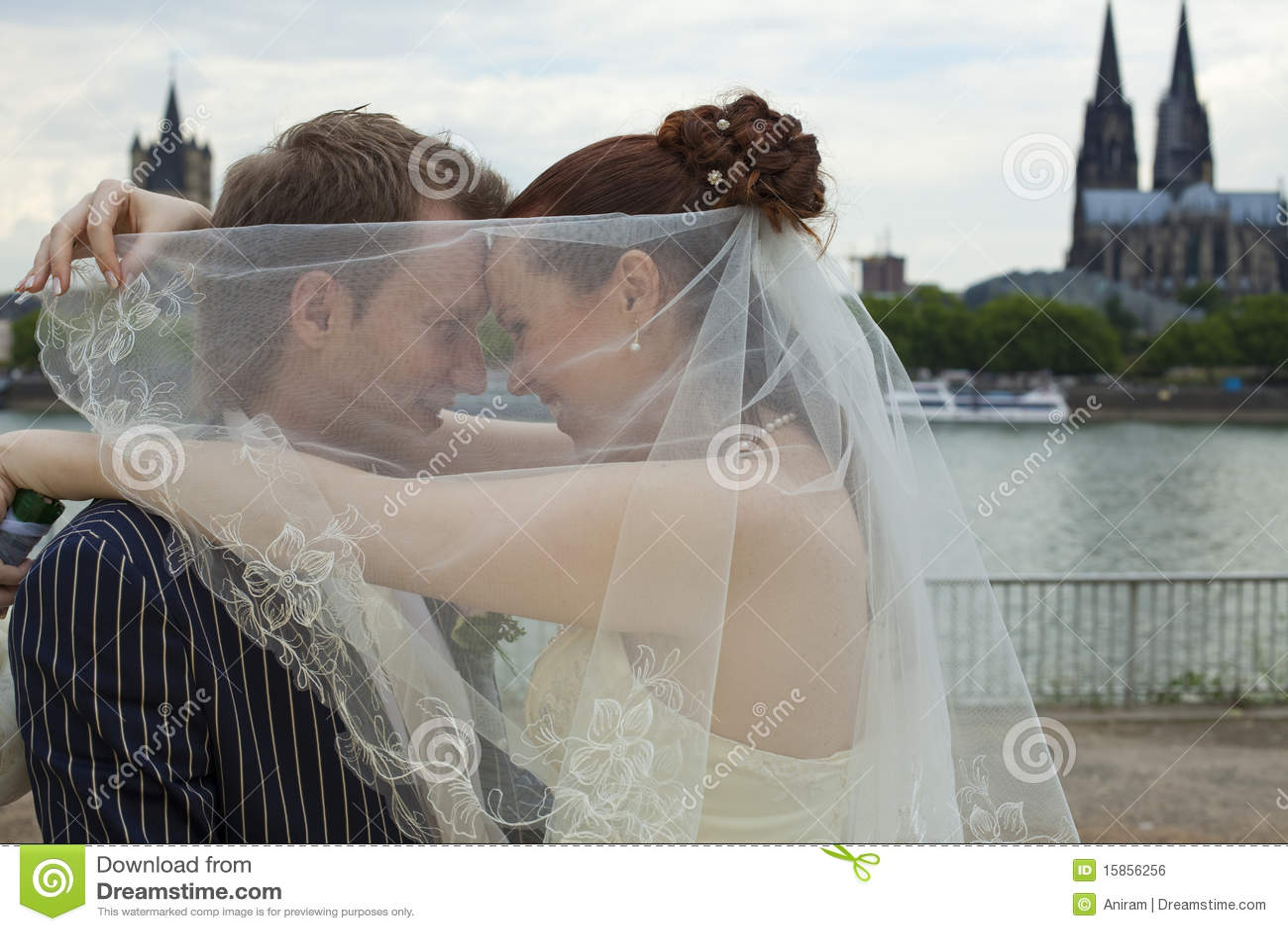 Parförälskelsebröllop