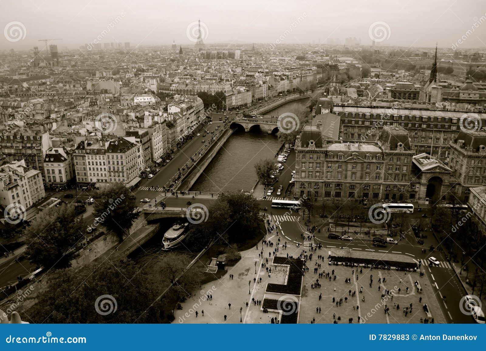 Parigi panorama in bianco e nero immagine stock for Le piu belle fotografie