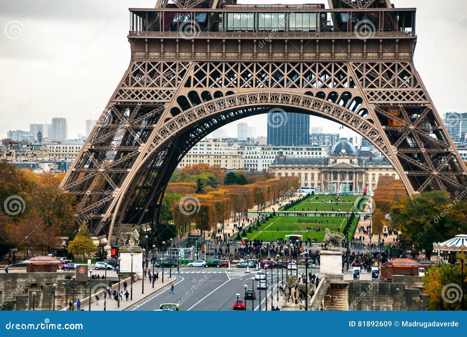 Beroemde Mensen In Parijs.Parijs Frankrijk Dichte Mening Van De Beroemde Toren En Het