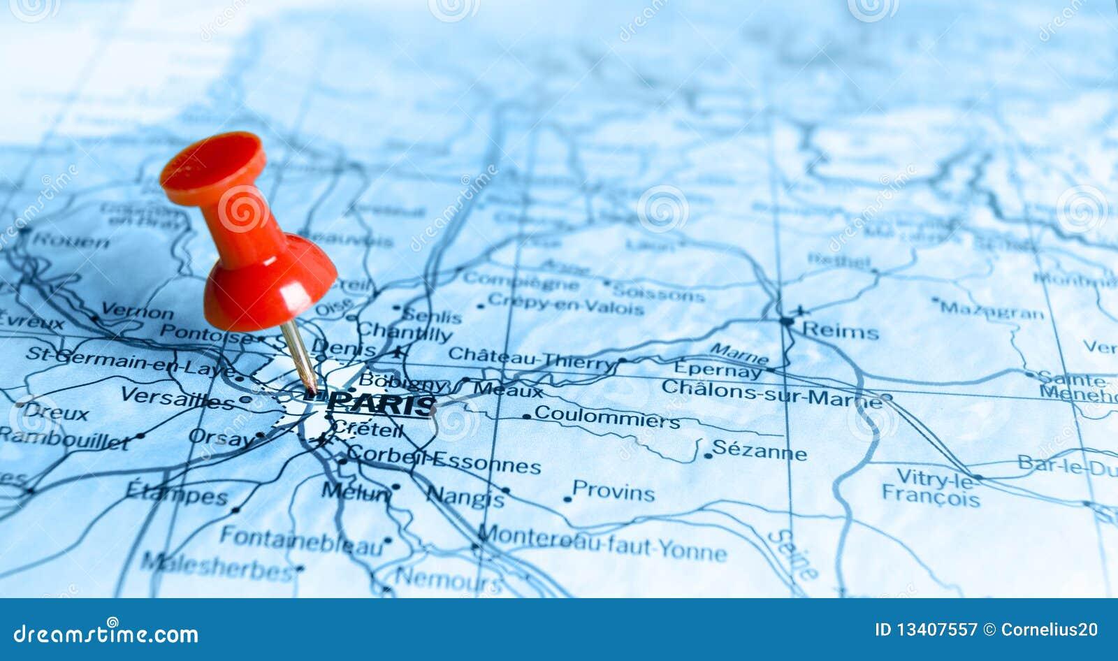 Parijs op kaart