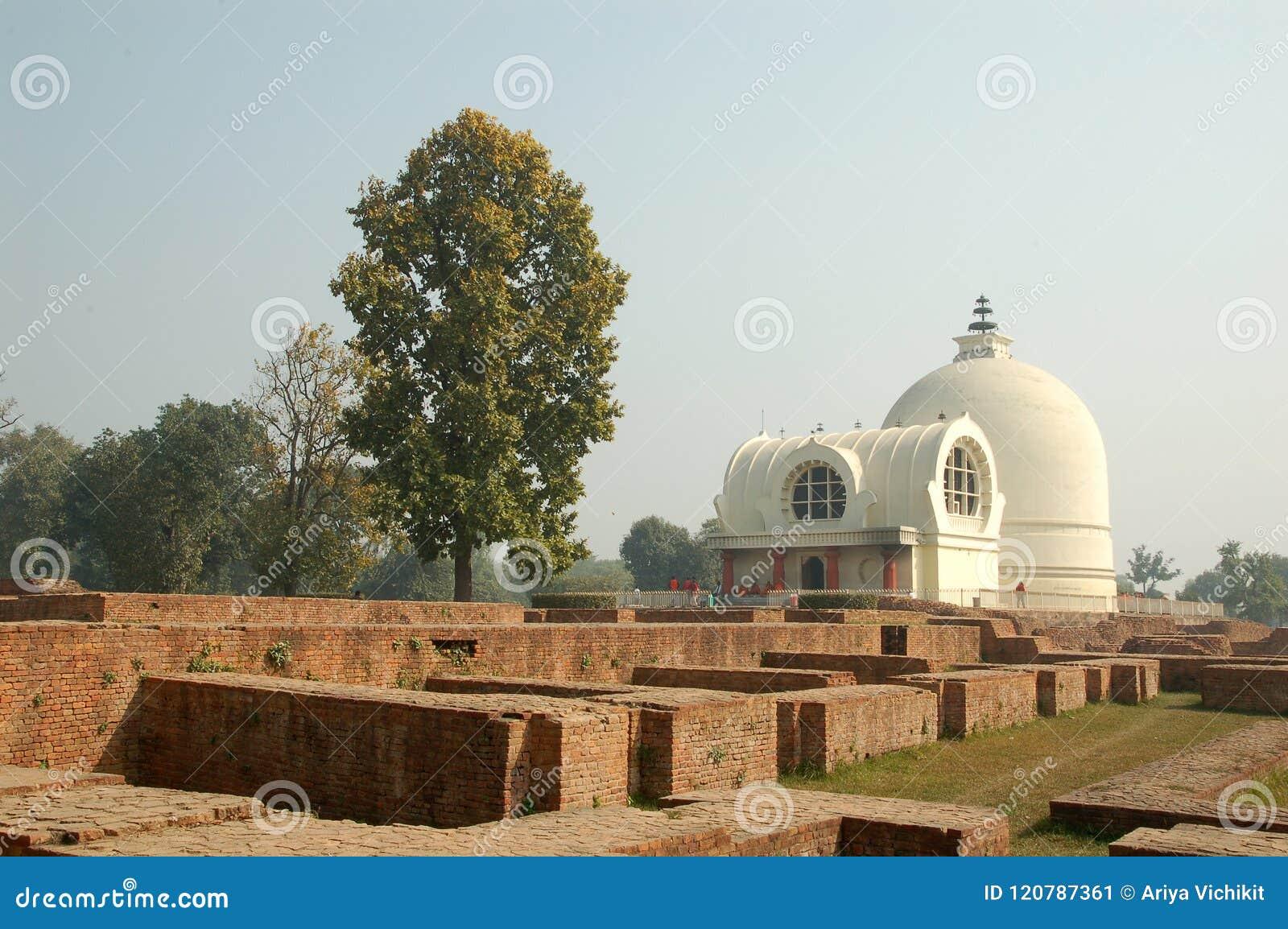 Parinirvana Stupa und Tempel, Kushinagar, Indien