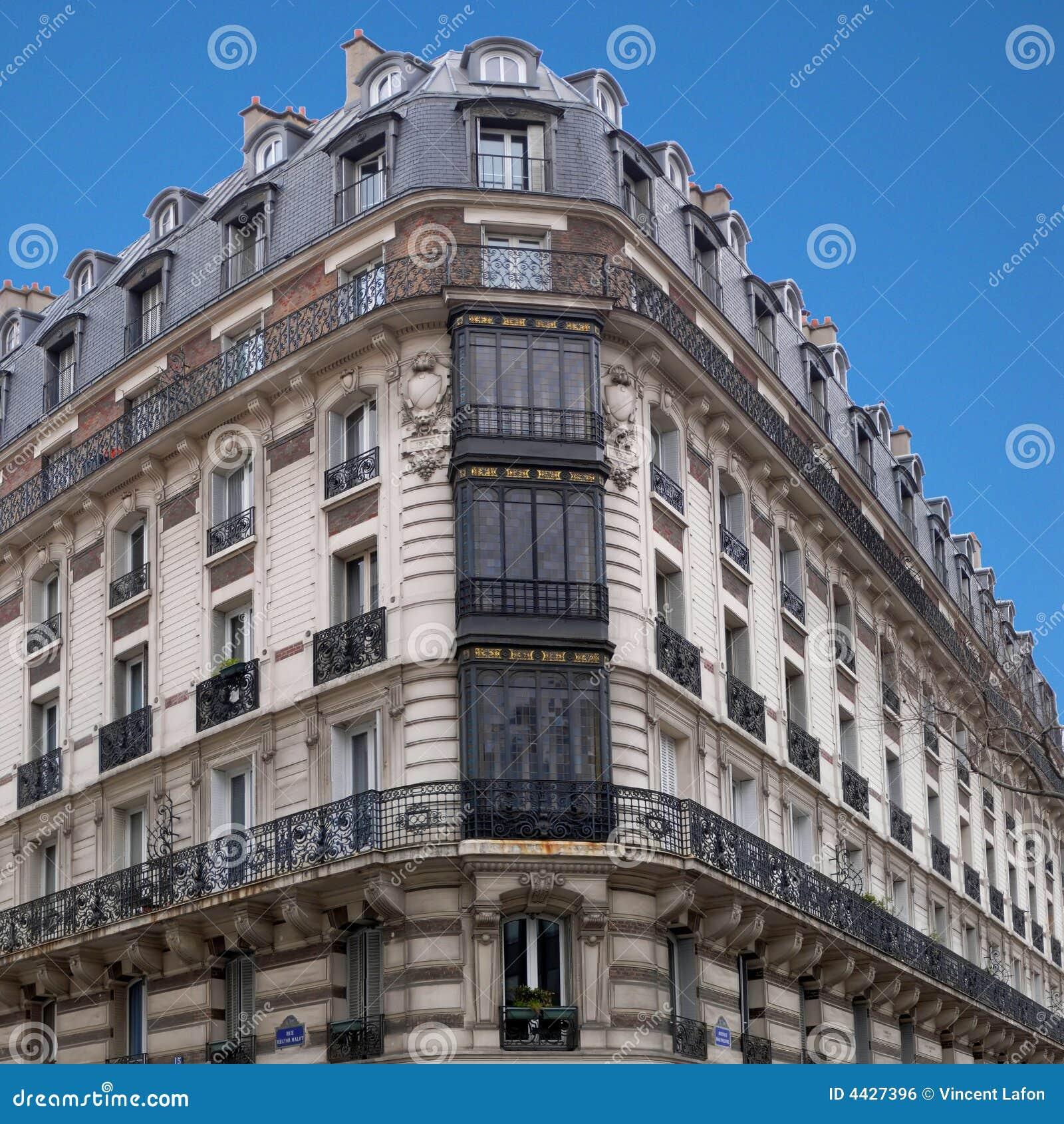 Paris architecture h malot corner house 1 royalty free for Architecture parisienne