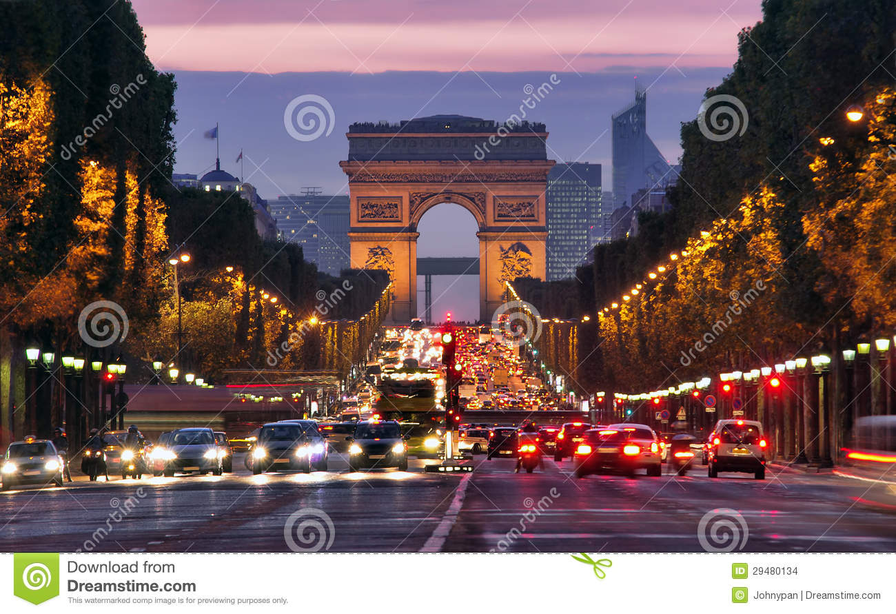 Paris, Champs-Elysees na noite