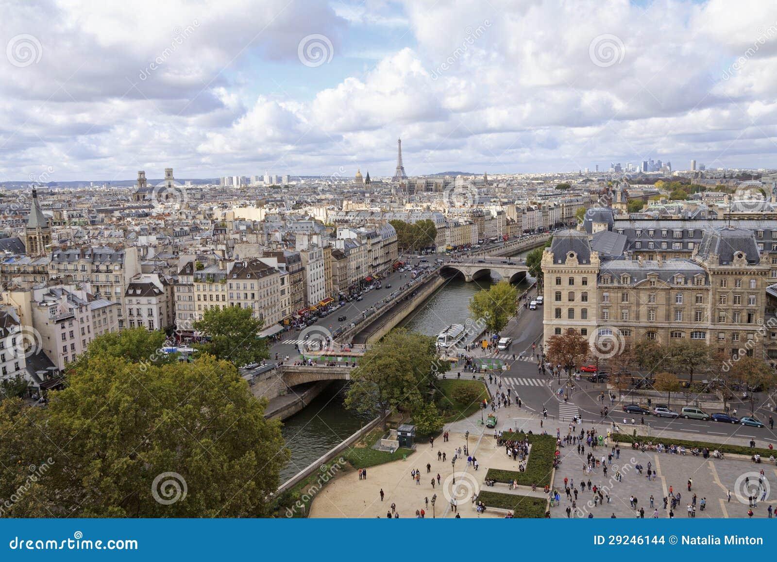 Download Paris Da Opinião De ângulo Alto Foto de Stock - Imagem de barco, símbolo: 29246144