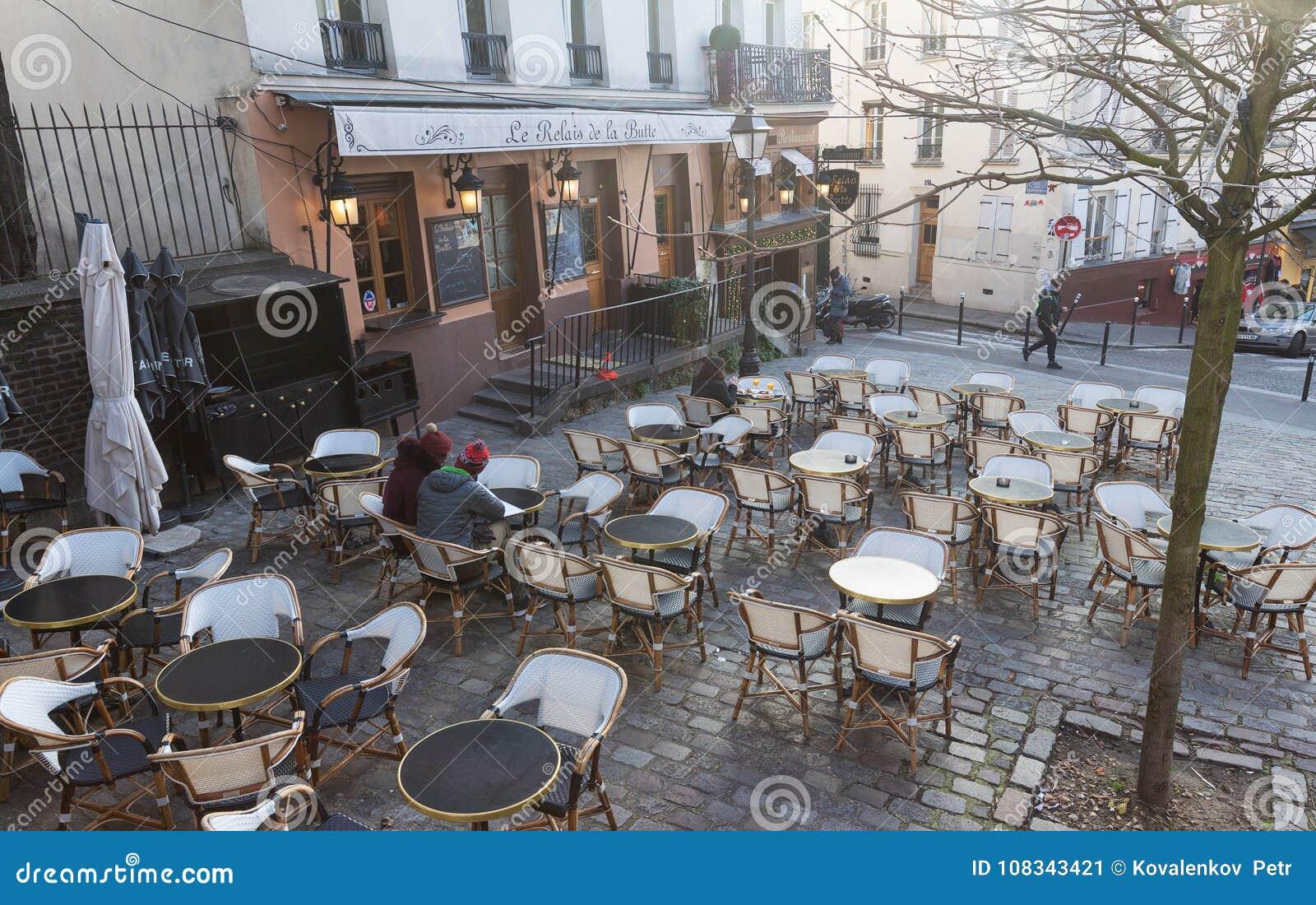 Hotel De La Butte the relais de la butte is historical restaurant located in