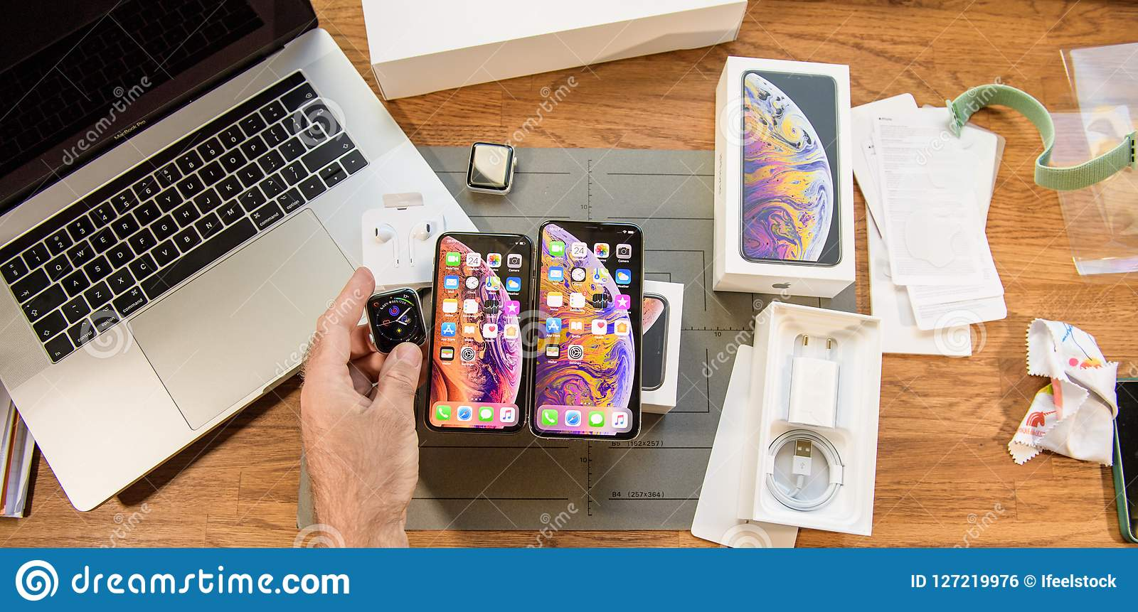New iphone Xs max smartphone and Apple Watch Series 4