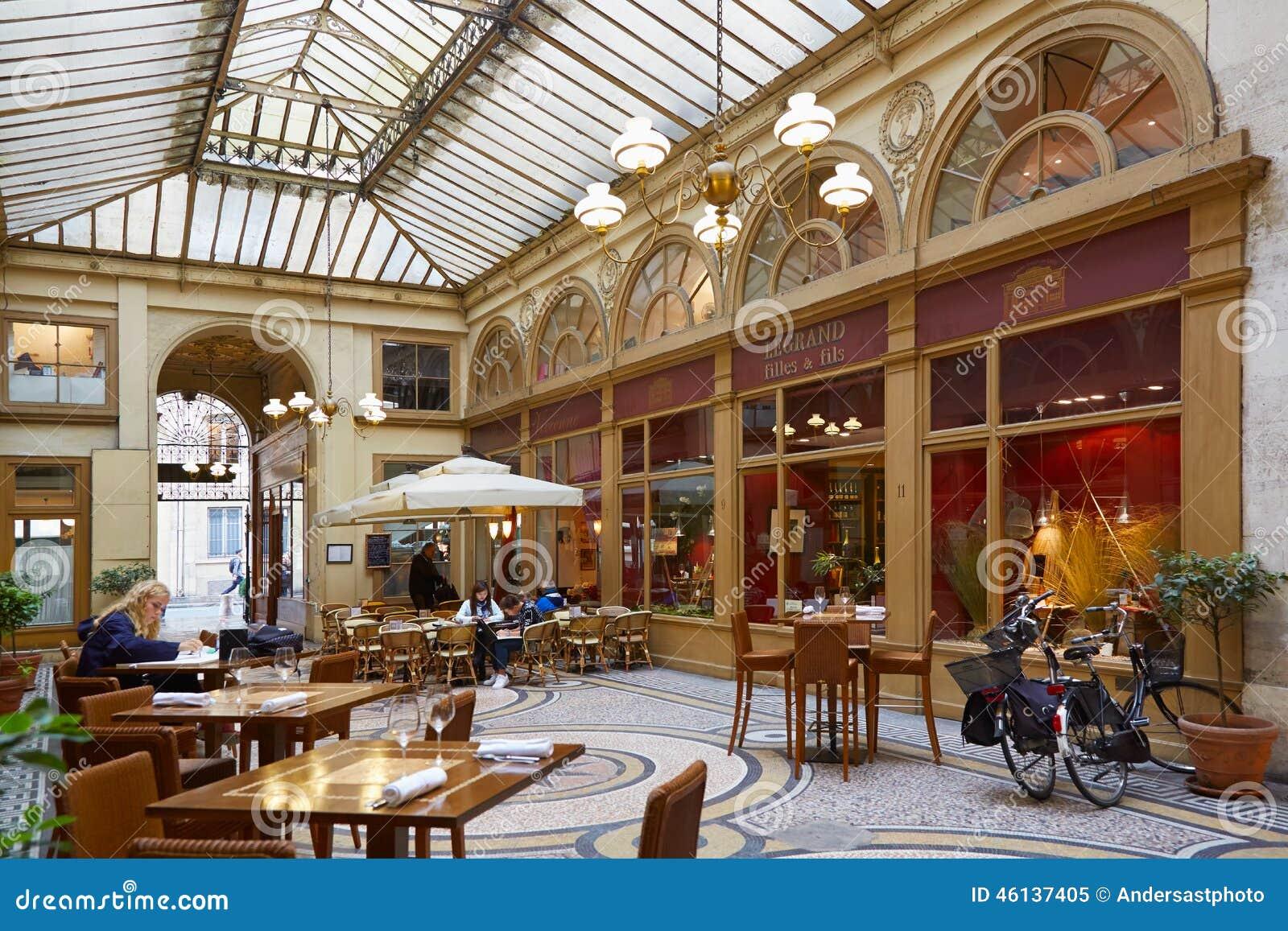Paris Galerie Vivienne passage med restaurangen