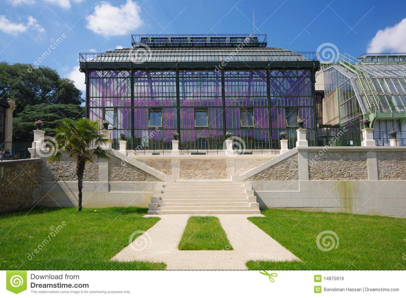 Paris greenhouse in jardin des plantes stock image image for Paris jardin plantes