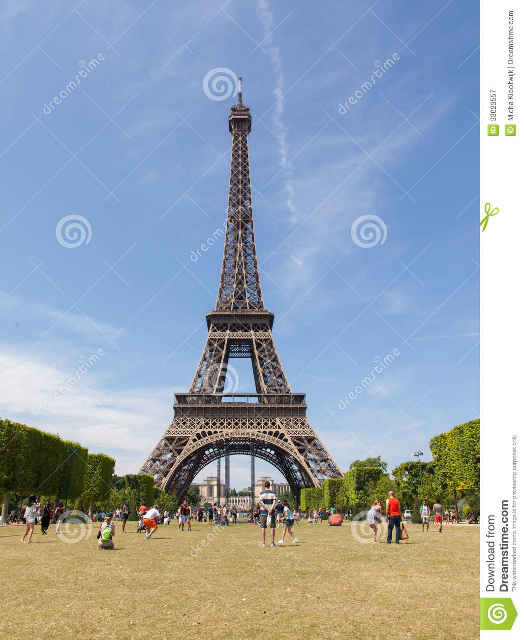 Paris Main Attractions In One Day: JULY 27: Tourists At The Eiffel Tower On July 27