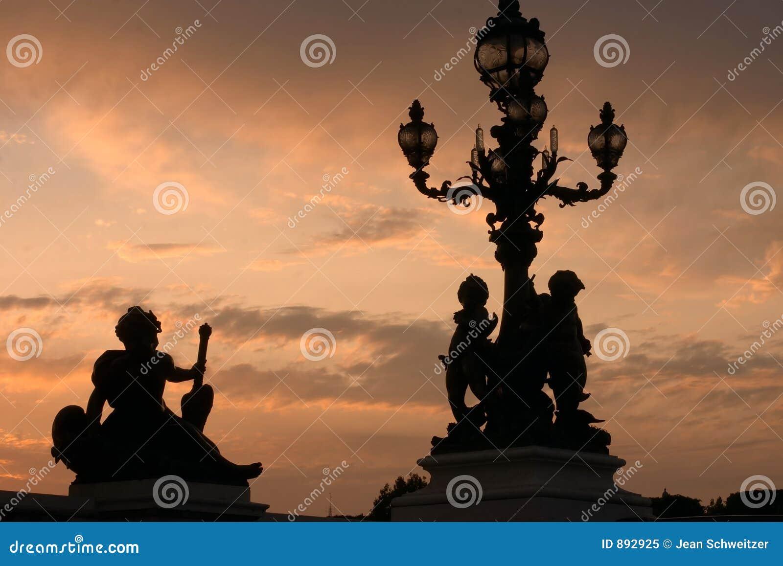Paris słońca