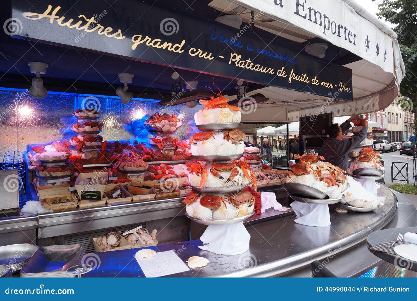 Paris Seafood Restaurant Editorial Stock Image - Image: 44990044