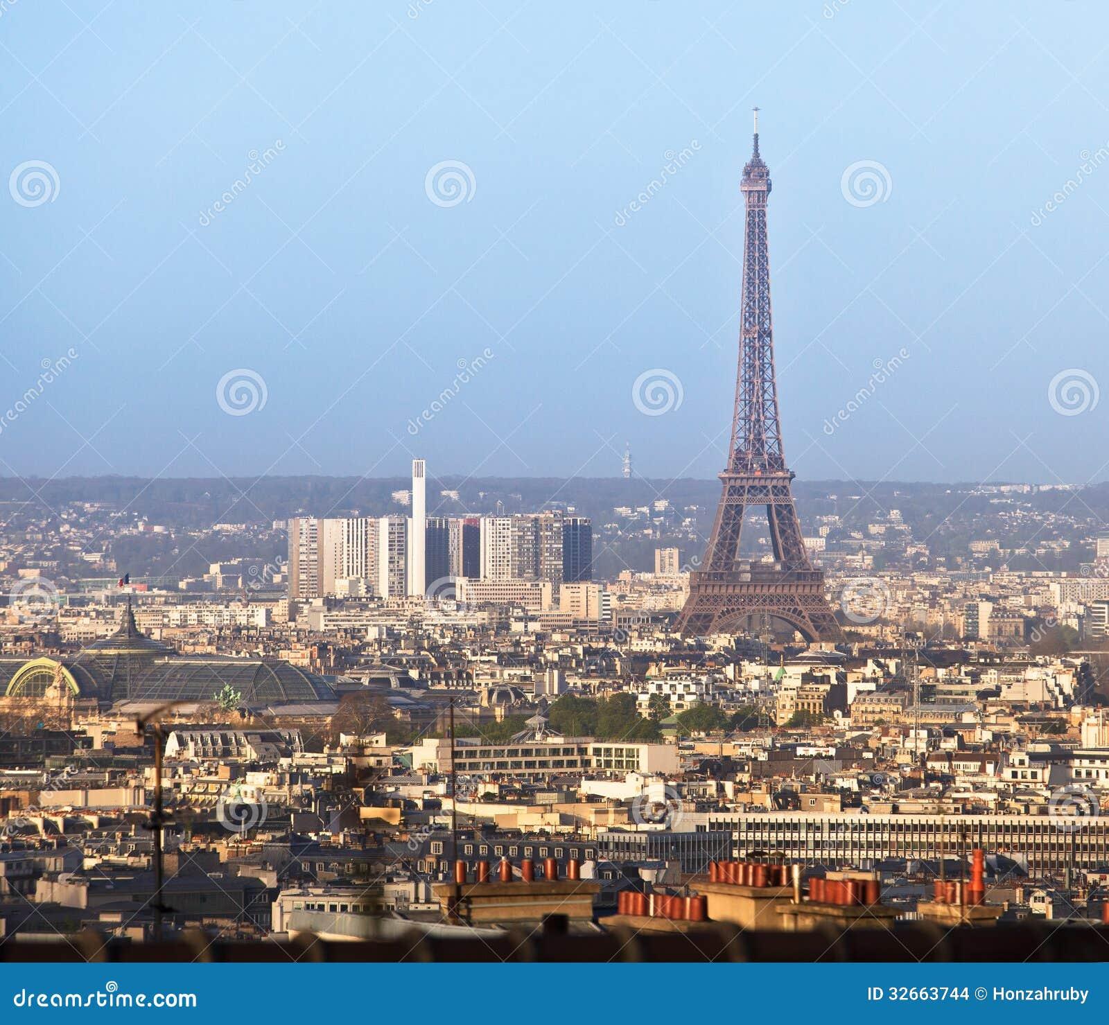 Paris stadssikt med Eiffeltorn, Frankrike
