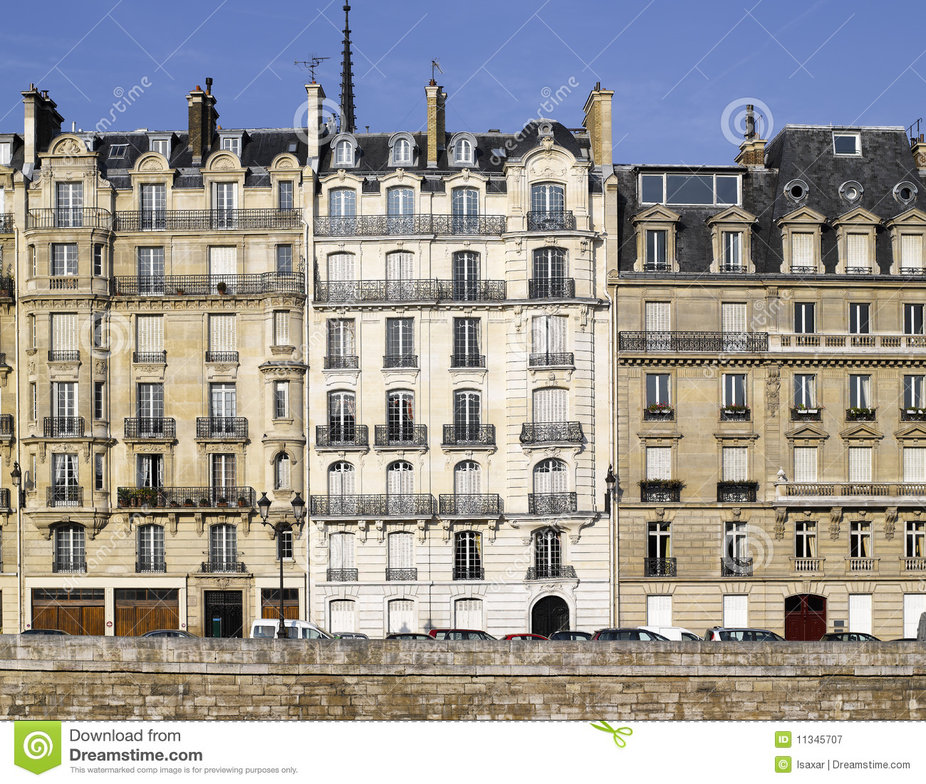 Royalty Free Stock Photography: Paris: very nice facade of ile de la ...