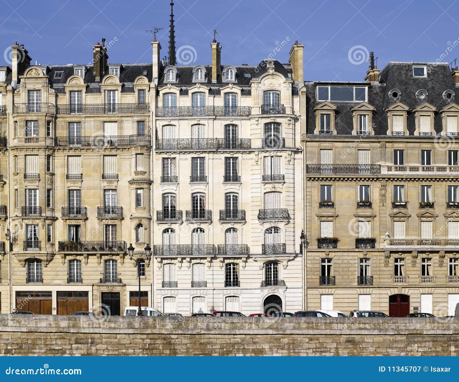 paris very nice facade of ile de la cite royalty free stock photography image 11345707. Black Bedroom Furniture Sets. Home Design Ideas