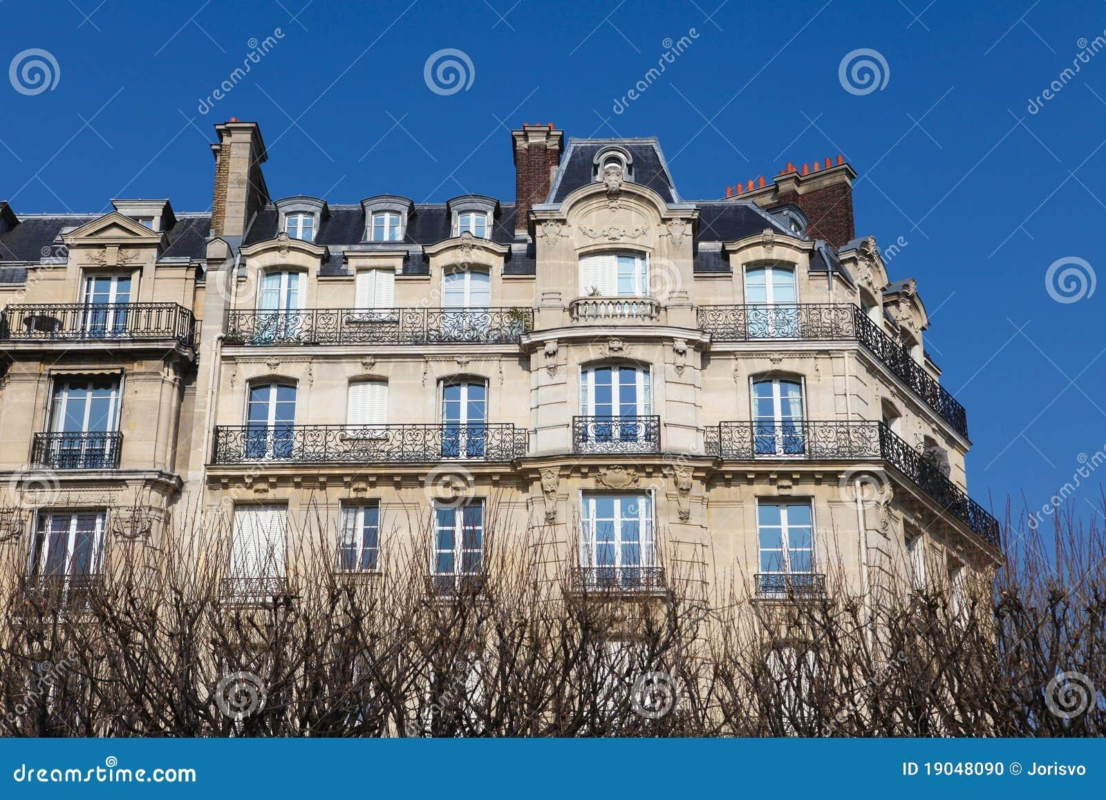 Parisian architecture stock photo image 19048090 for Architecture parisienne