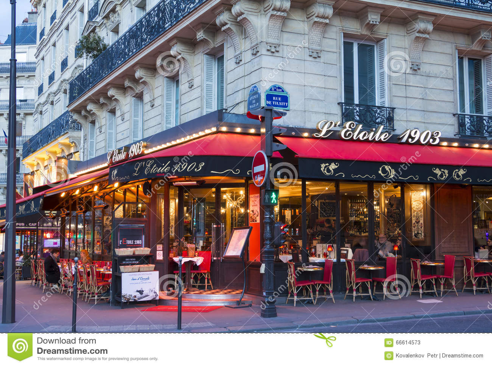 Restaurant Rue Wagram Paris