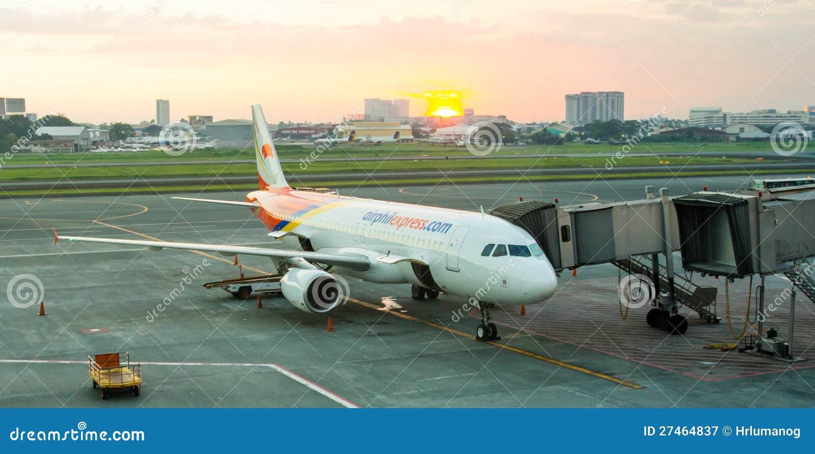 Parkerat flygplan