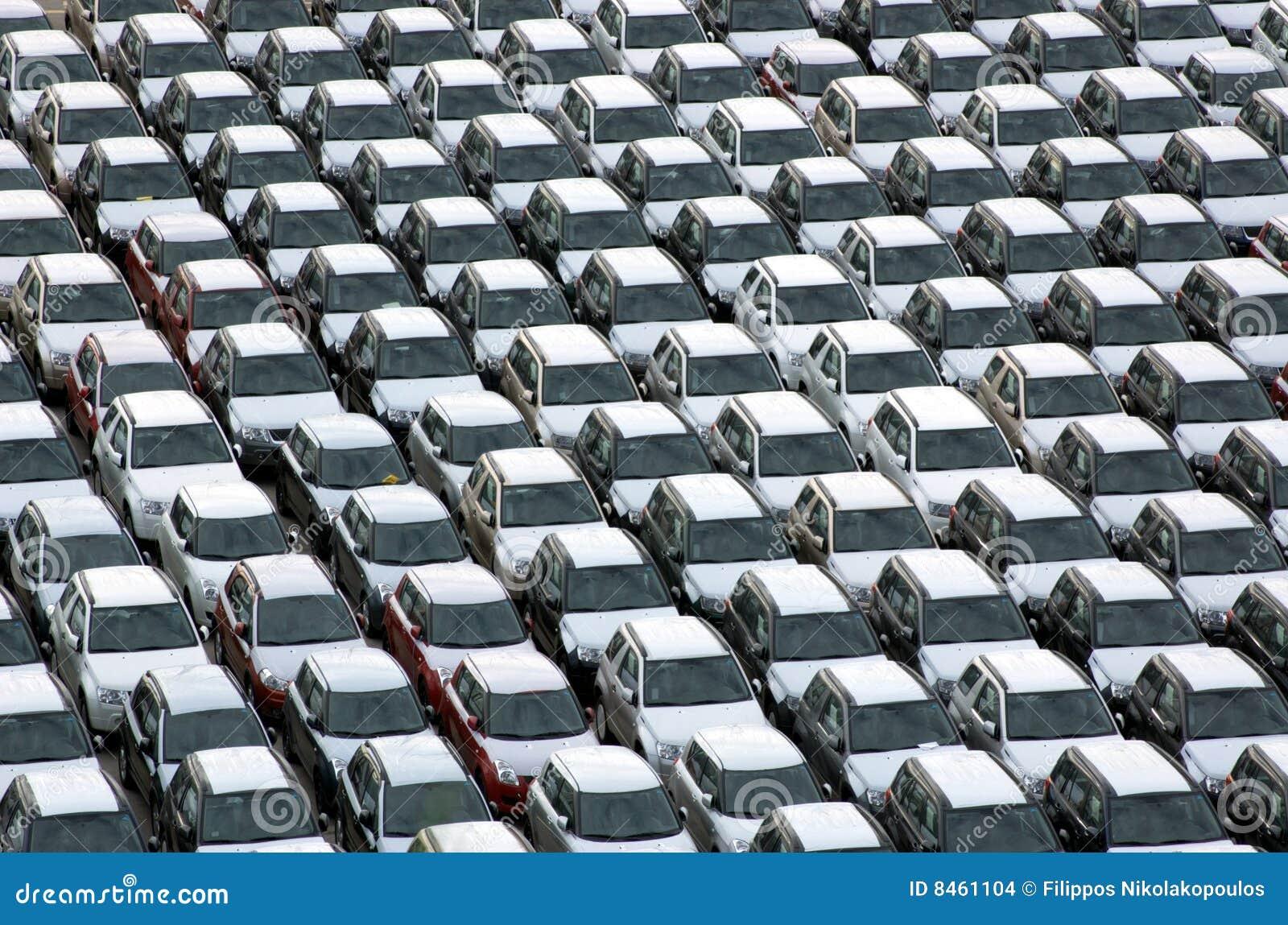 Parkerat nytt för bilar