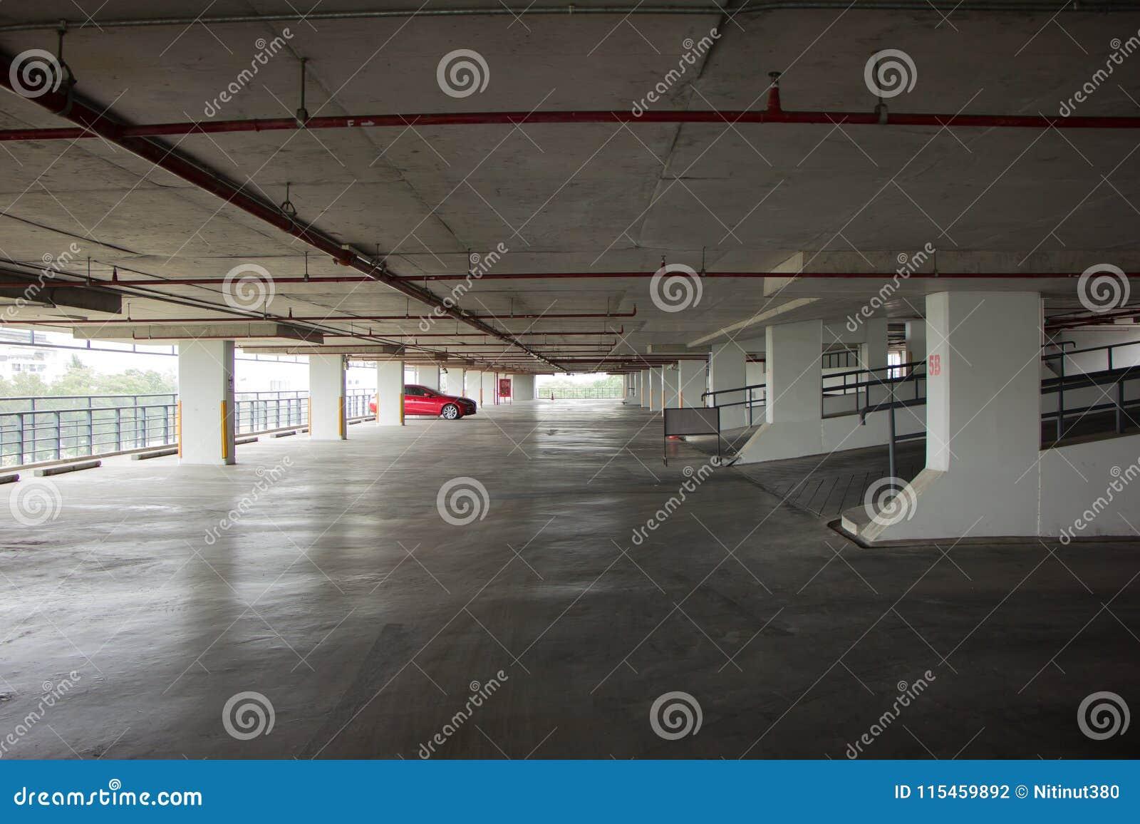 Parking budynek Suandok park